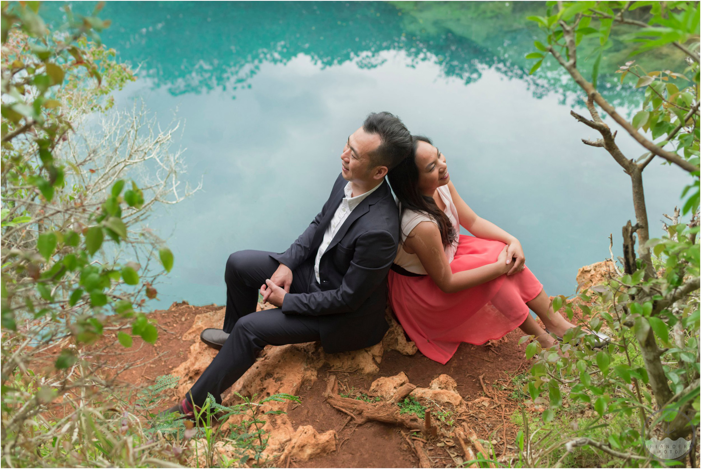 ©FianderFoto_Bermuda Engagement Photographer_Tom Moores Jungle_Owen_Chanson_022.jpg