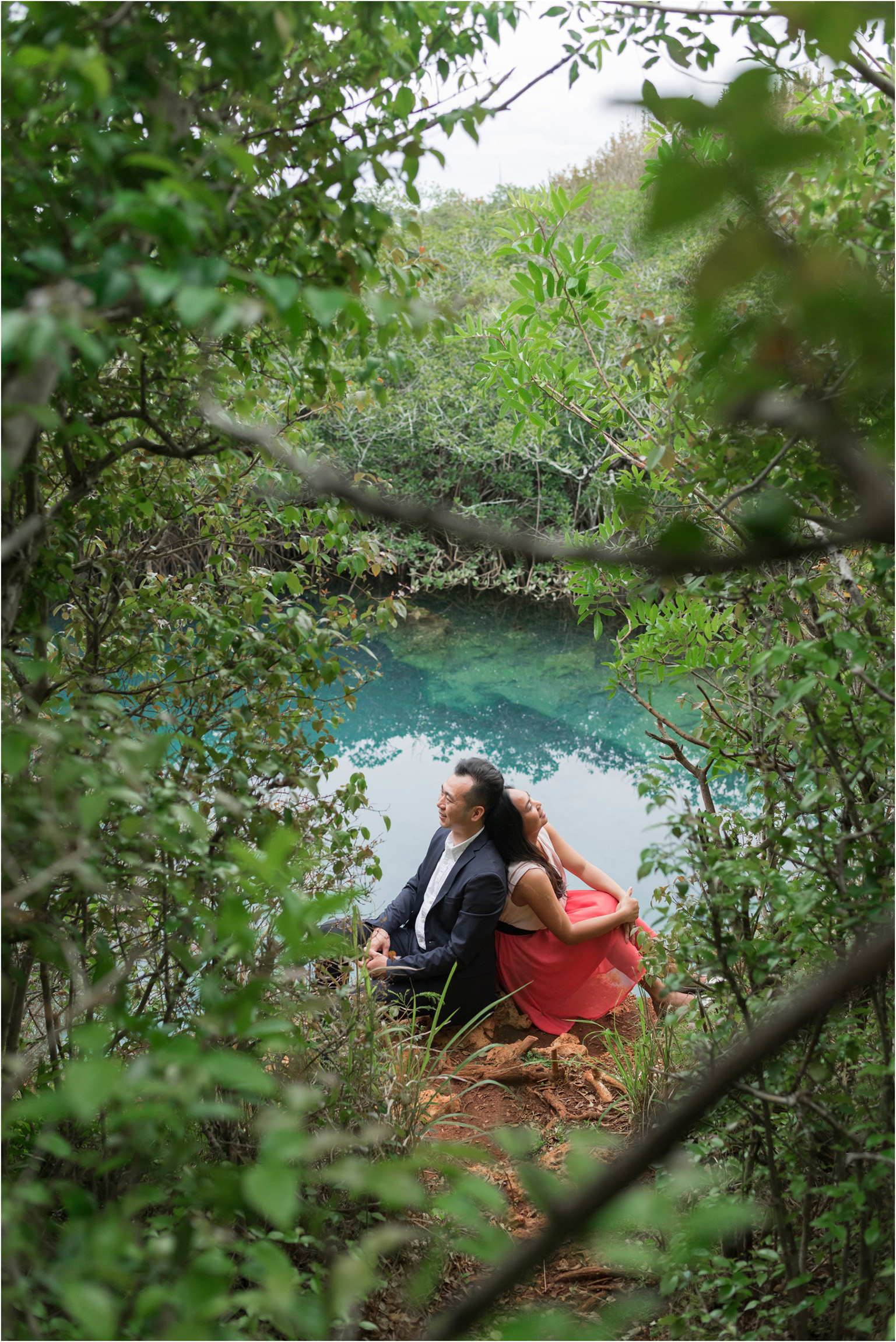 ©FianderFoto_Bermuda Engagement Photographer_Tom Moores Jungle_Owen_Chanson_023.jpg