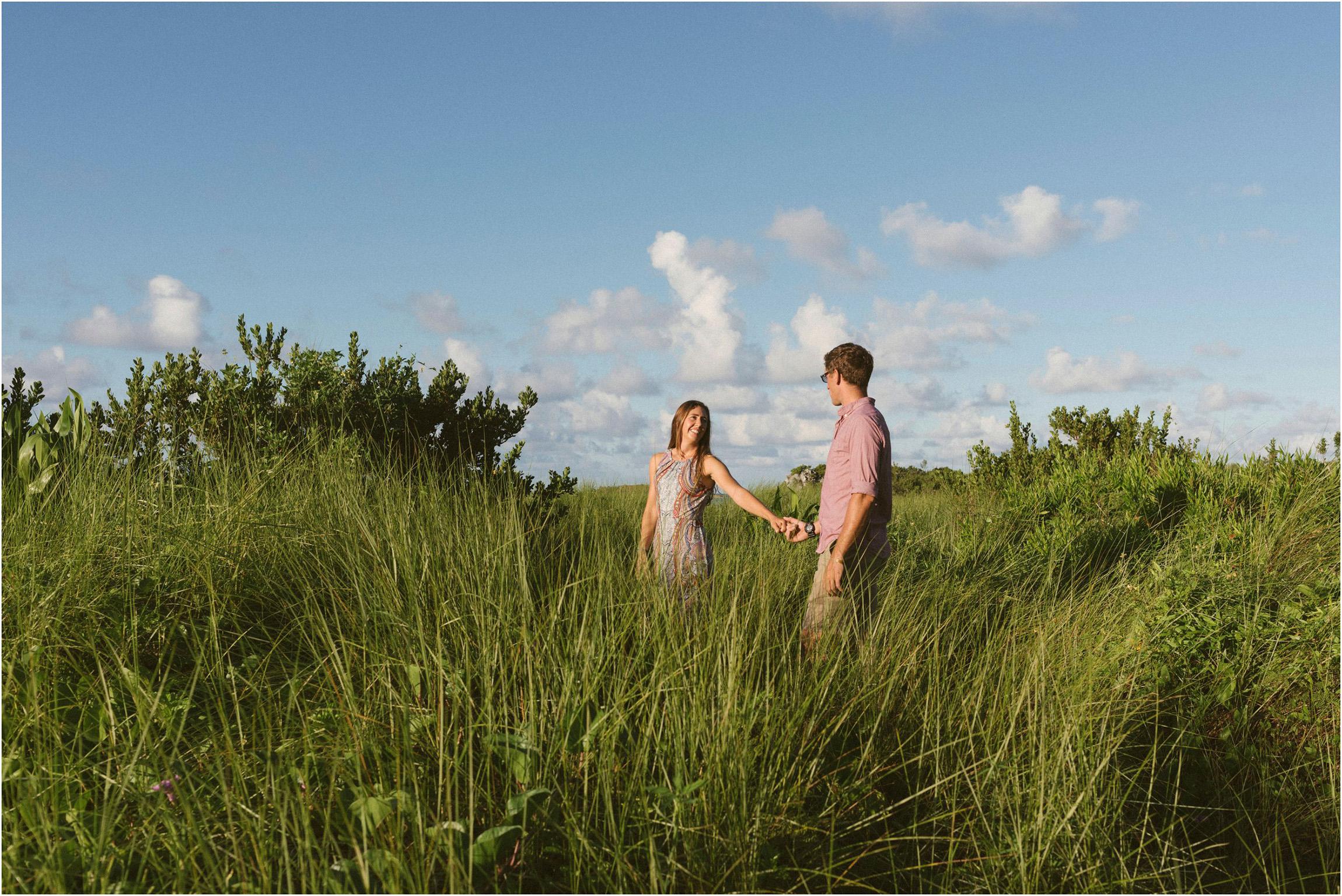 ©FianderFoto_Bermuda Engagement Photographer_Coopers Island_008.jpg