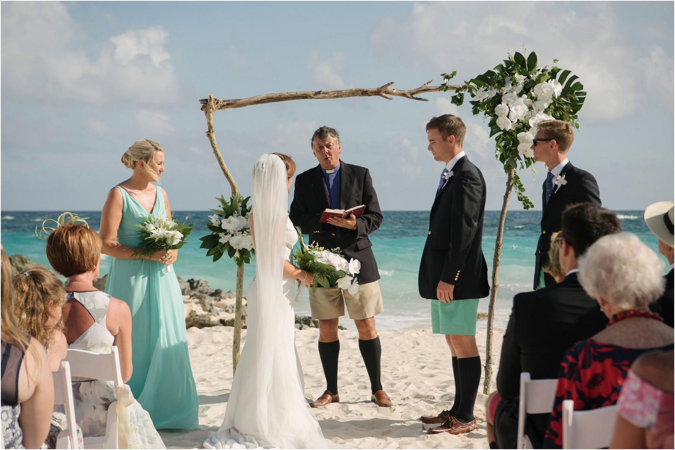 ©FianderFoto_Bermuda Wedding Photographer_Mid Ocean_Rachel_Angus_027.jpg