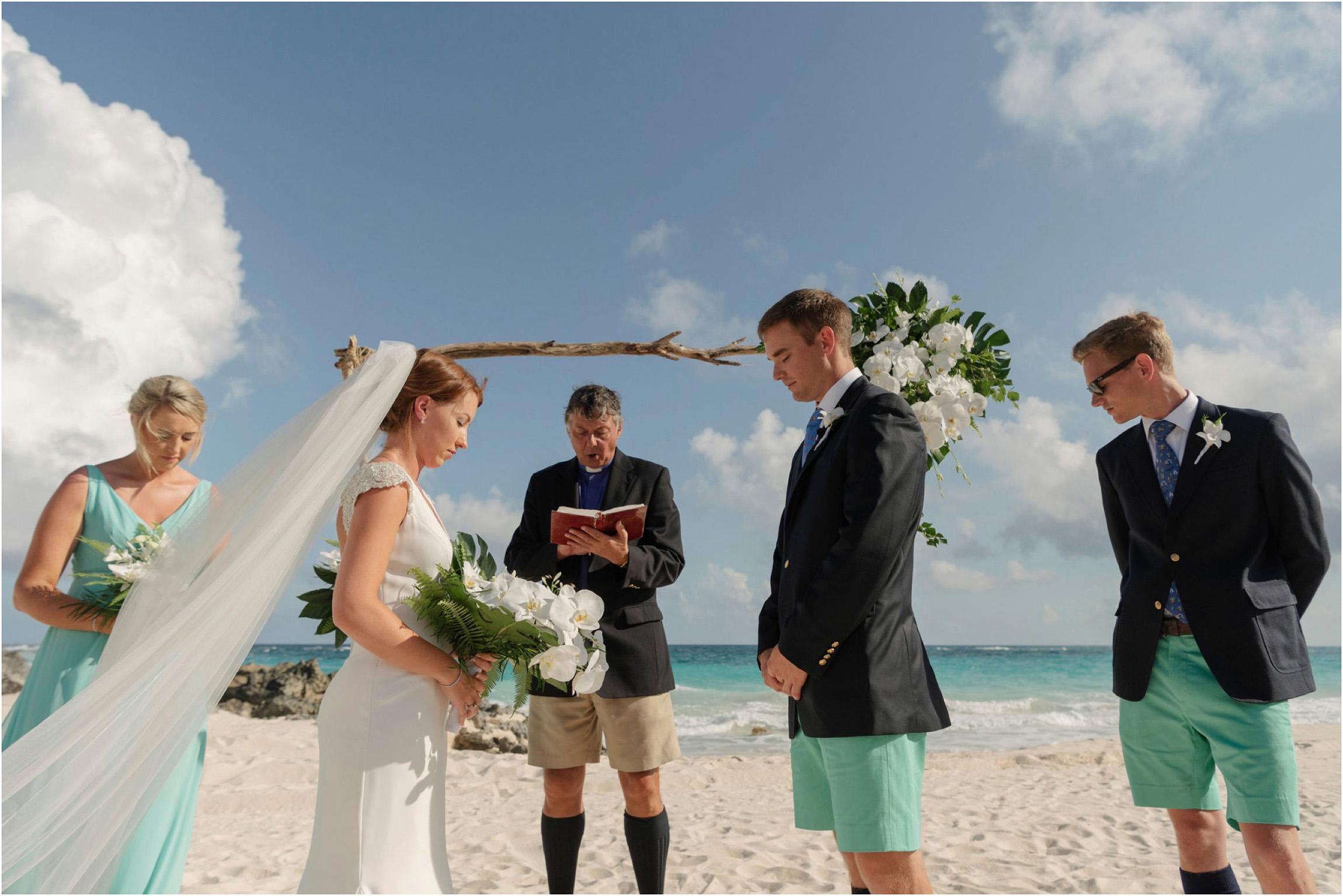 ©FianderFoto_Bermuda Wedding Photographer_Mid Ocean_Rachel_Angus_030.jpg