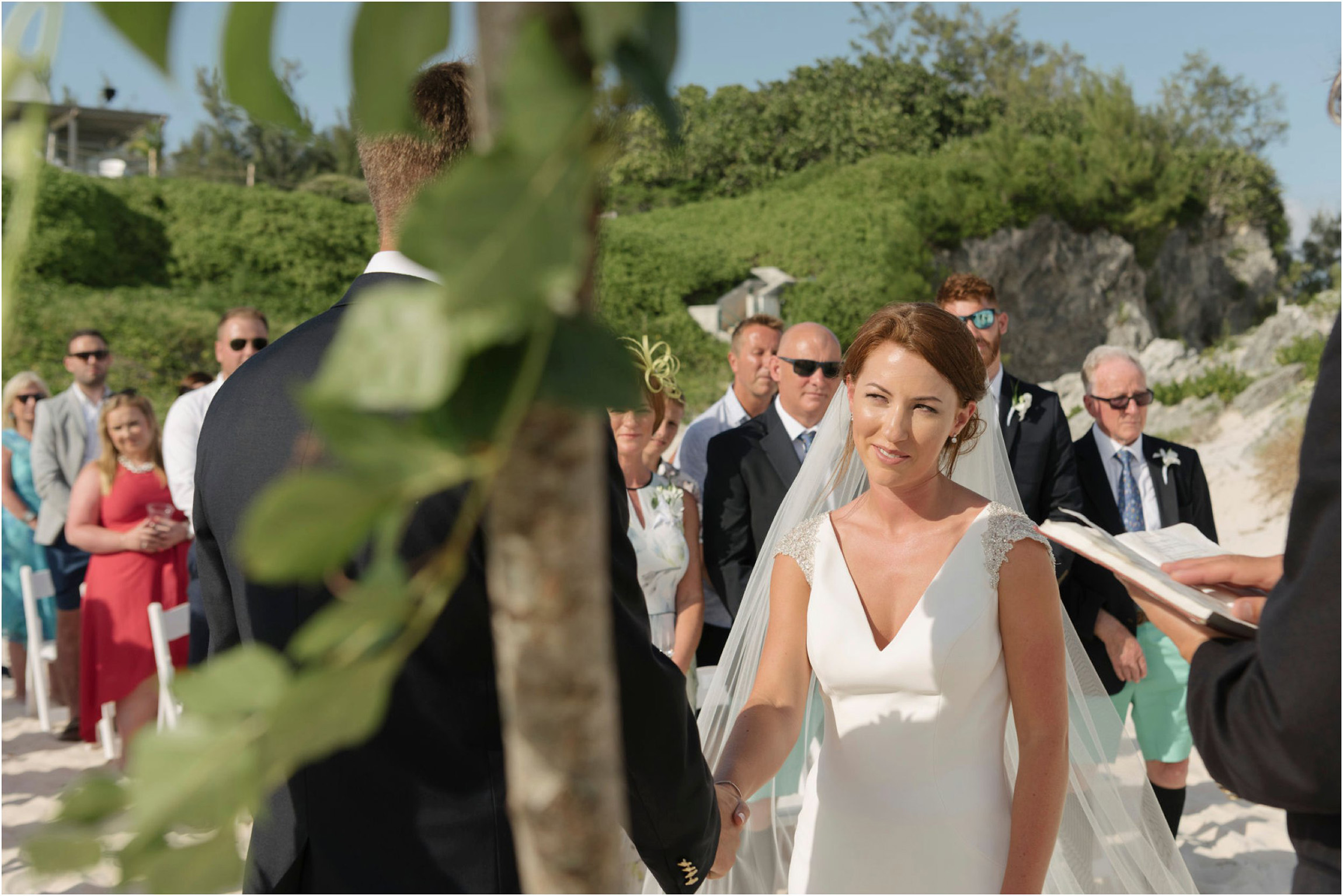 ©FianderFoto_Bermuda Wedding Photographer_Mid Ocean_Rachel_Angus_034.jpg