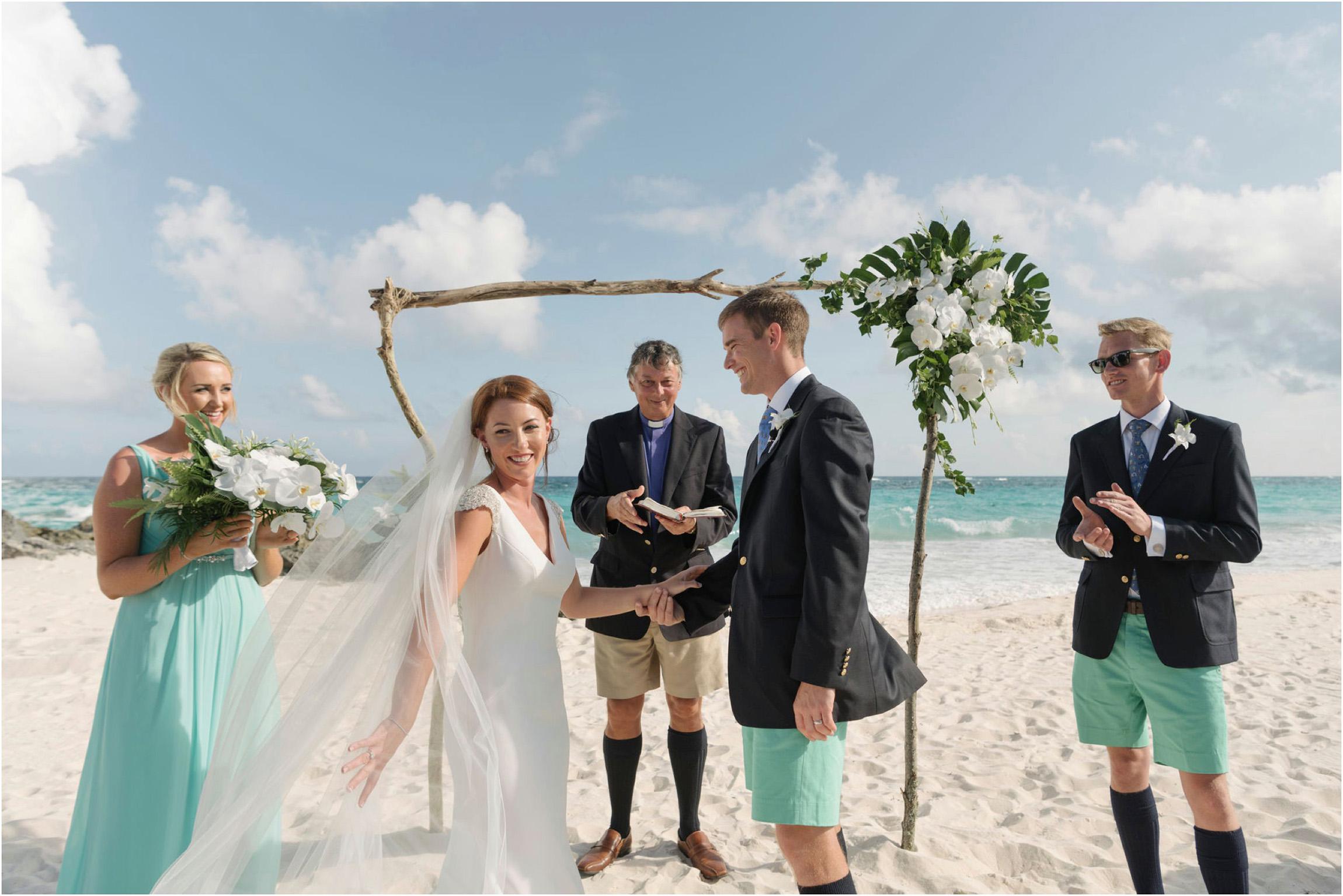 ©FianderFoto_Bermuda Wedding Photographer_Mid Ocean_Rachel_Angus_044.jpg