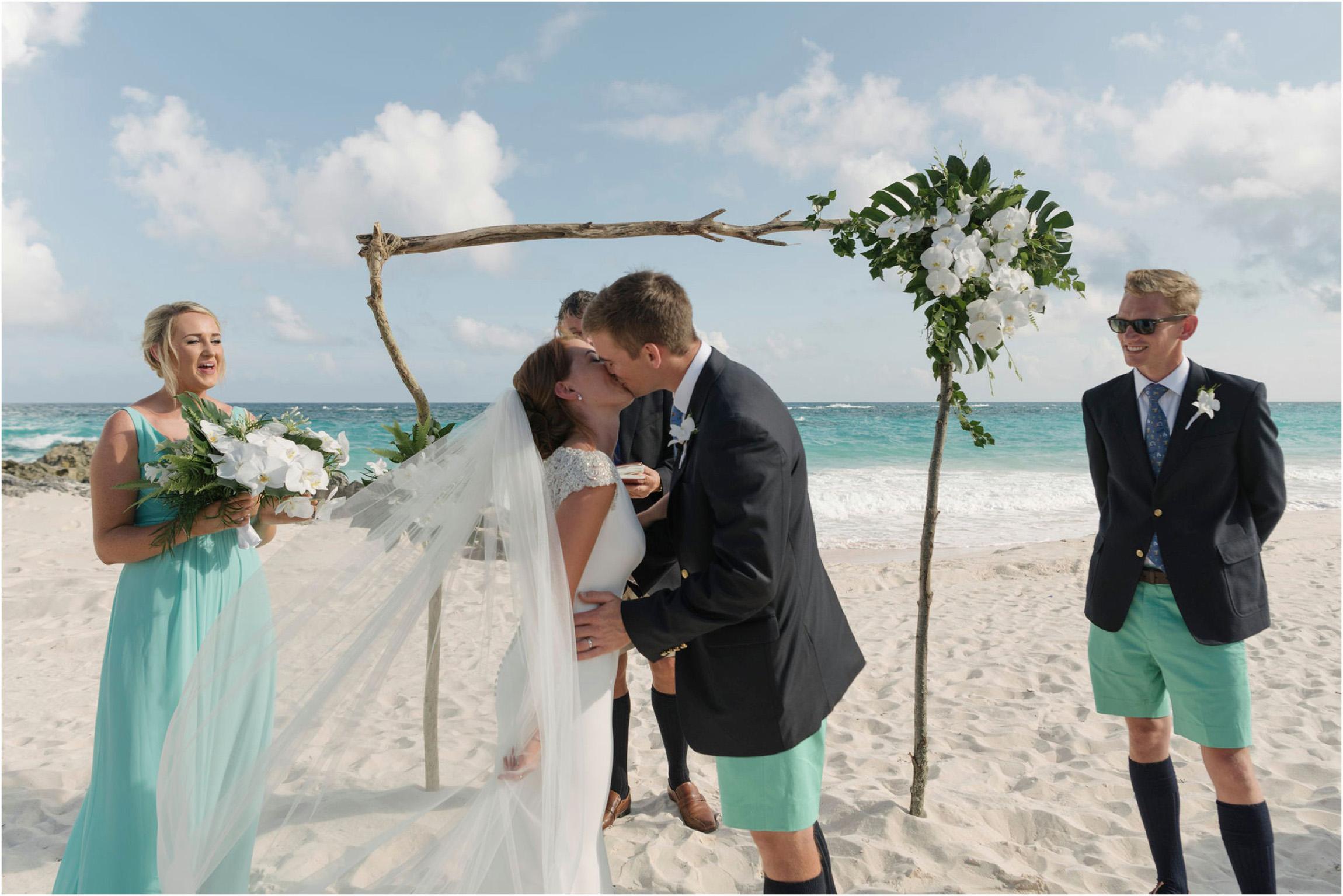©FianderFoto_Bermuda Wedding Photographer_Mid Ocean_Rachel_Angus_043.jpg