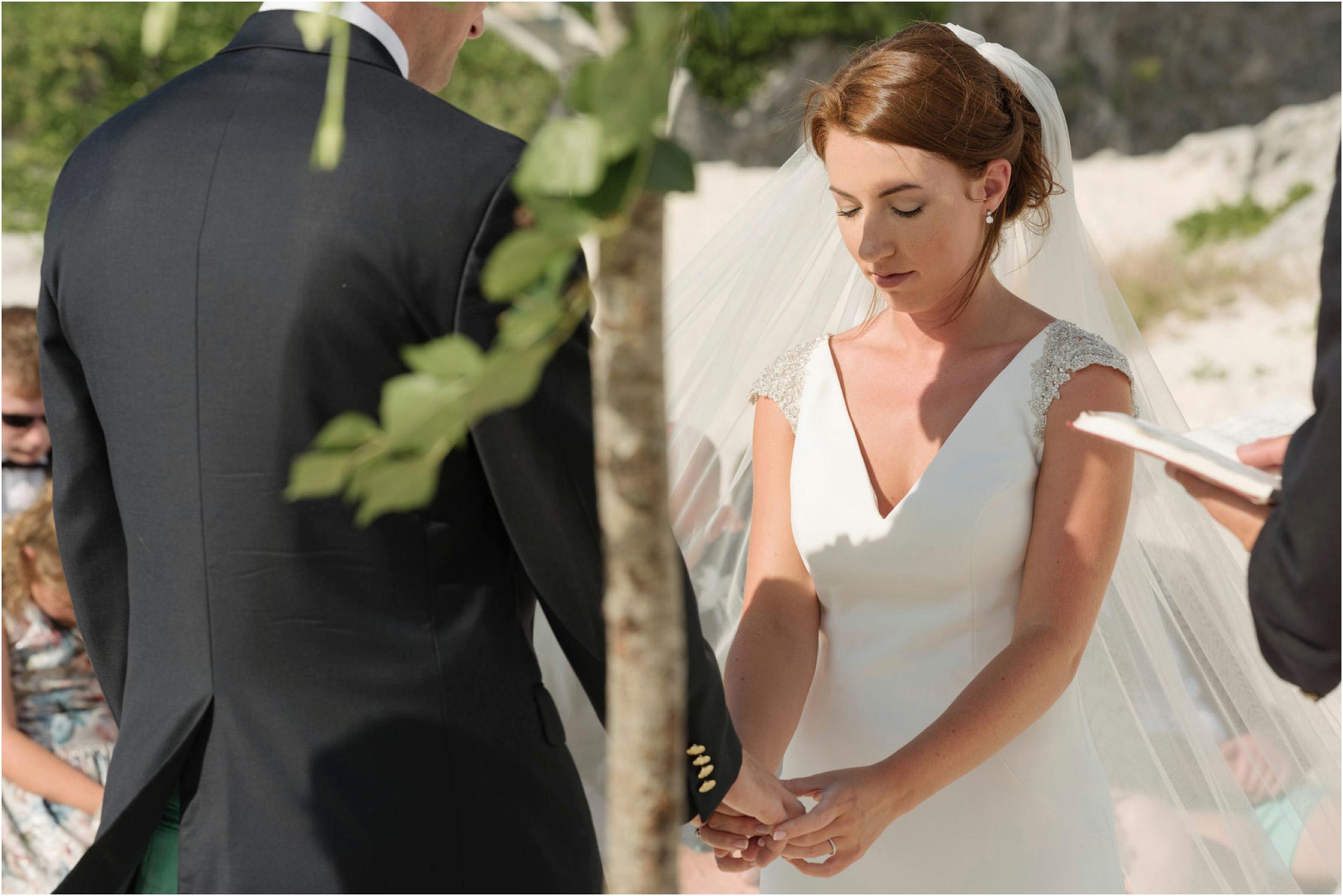 ©FianderFoto_Bermuda Wedding Photographer_Mid Ocean_Rachel_Angus_046.jpg