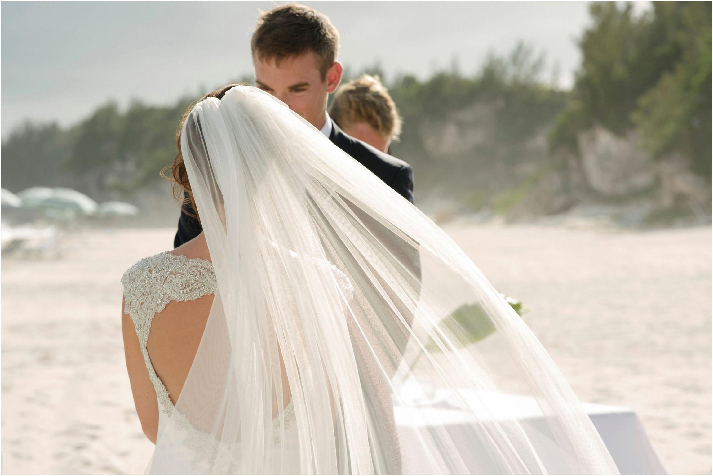 ©FianderFoto_Bermuda Wedding Photographer_Mid Ocean_Rachel_Angus_048.jpg