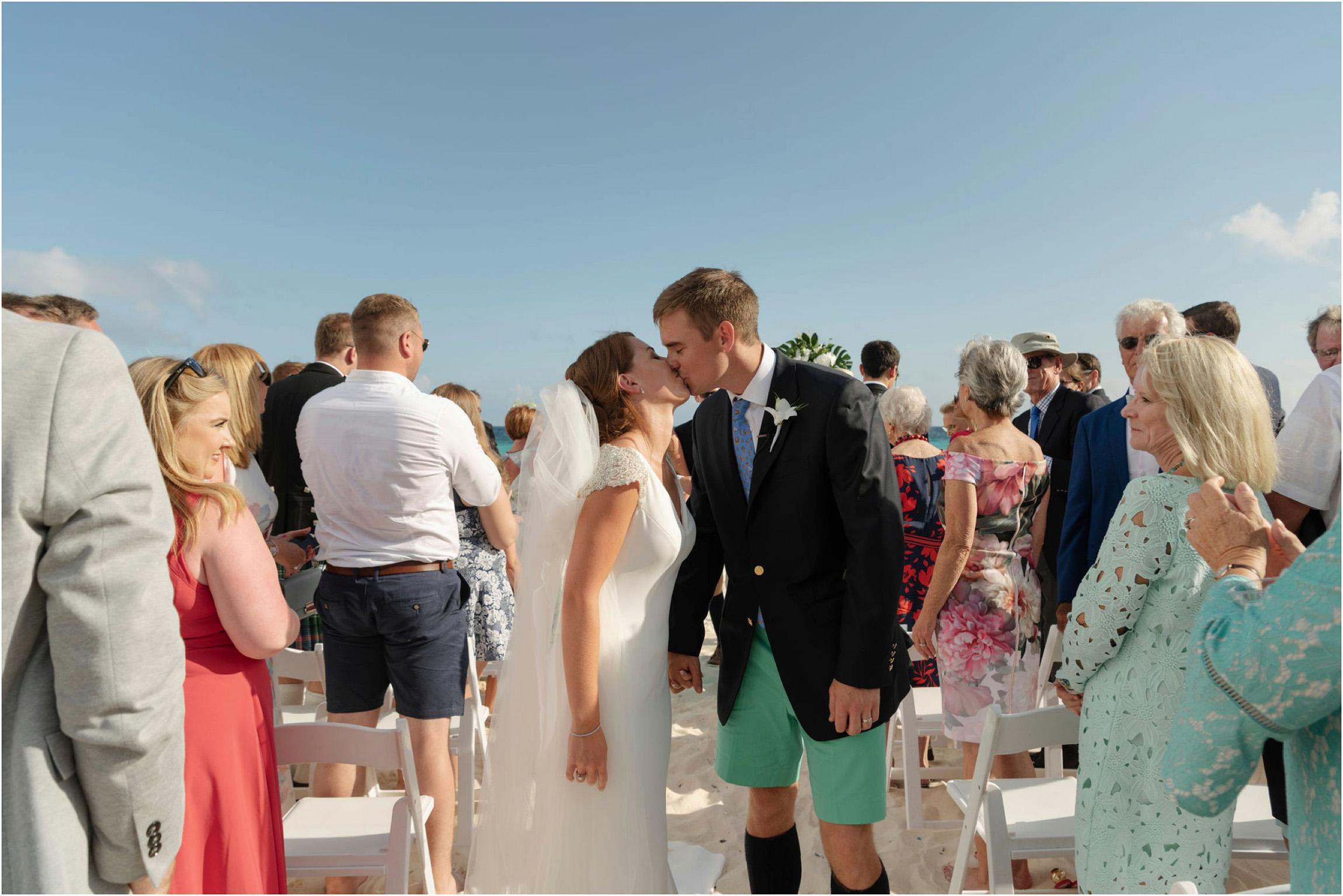 ©FianderFoto_Bermuda Wedding Photographer_Mid Ocean_Rachel_Angus_056.jpg