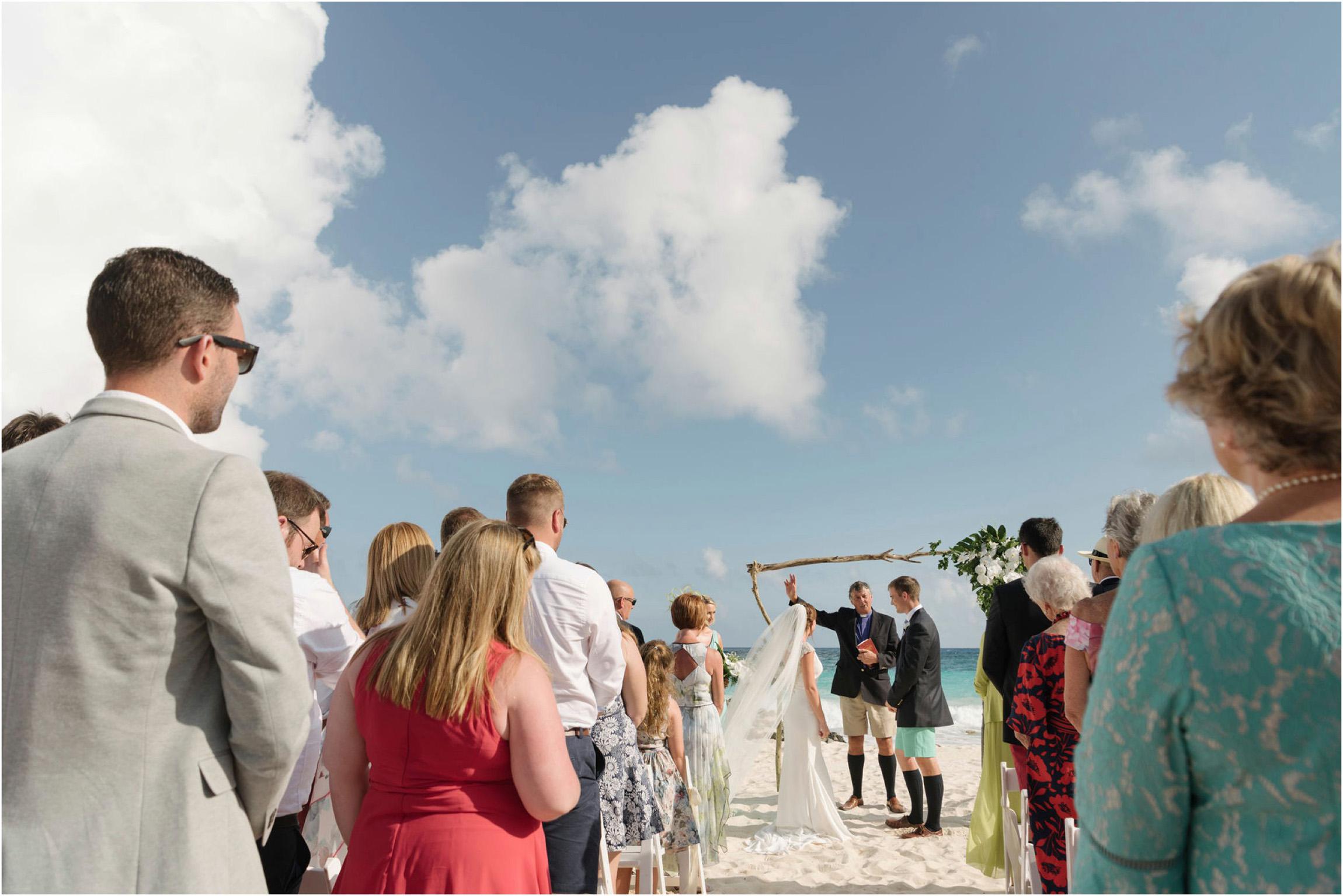 ©FianderFoto_Bermuda Wedding Photographer_Mid Ocean_Rachel_Angus_050.jpg