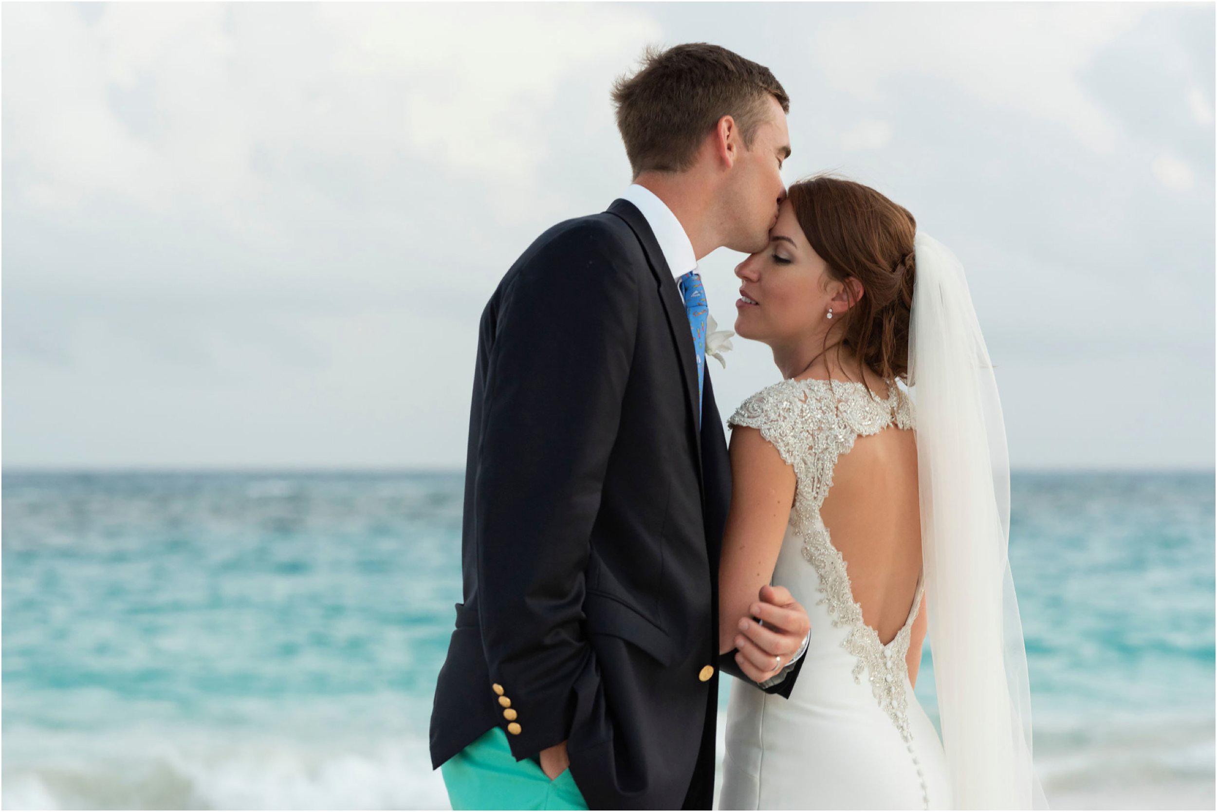 ©FianderFoto_Bermuda Wedding Photographer_Mid Ocean_Rachel_Angus_075.jpg