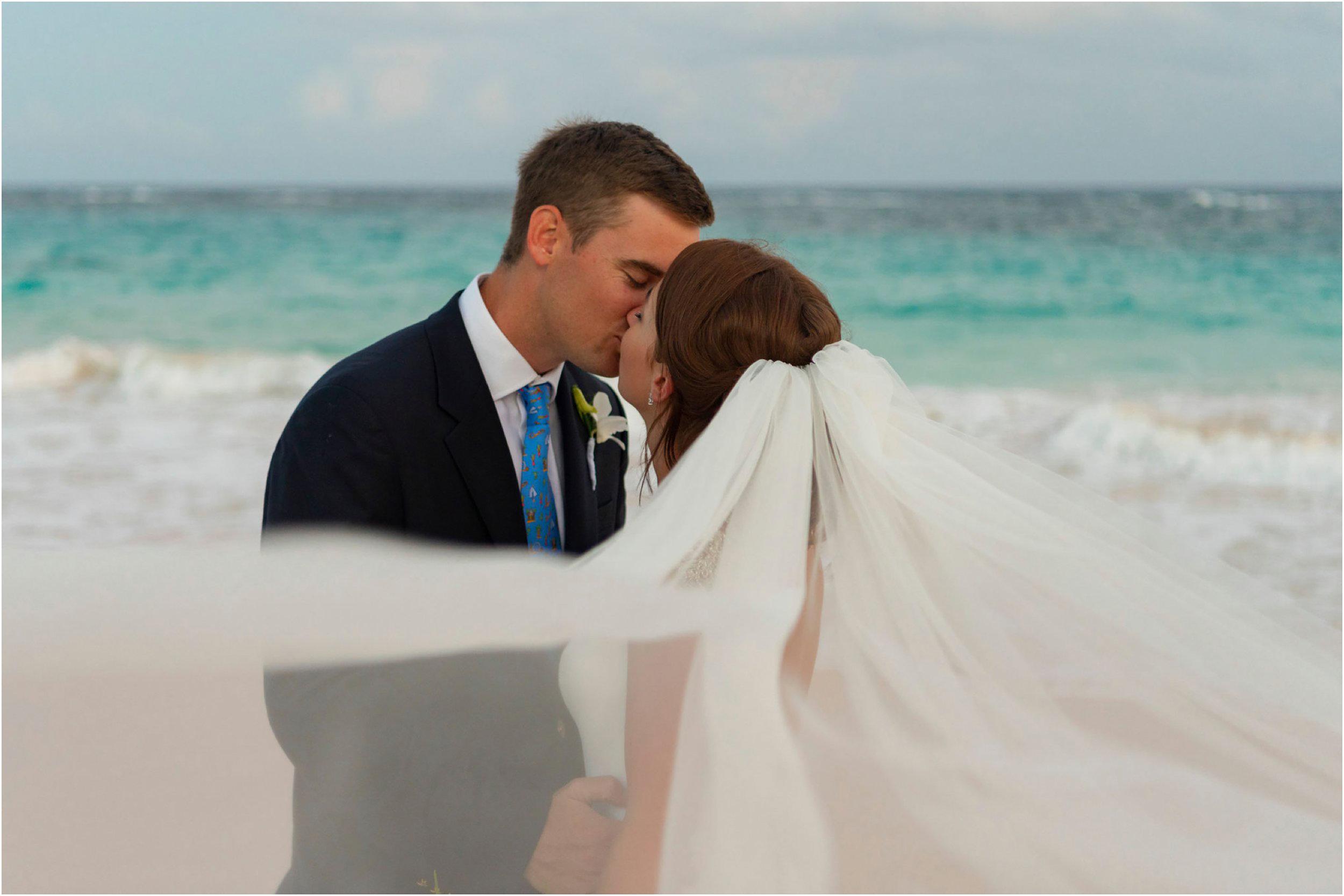 ©FianderFoto_Bermuda Wedding Photographer_Mid Ocean_Rachel_Angus_077.jpg