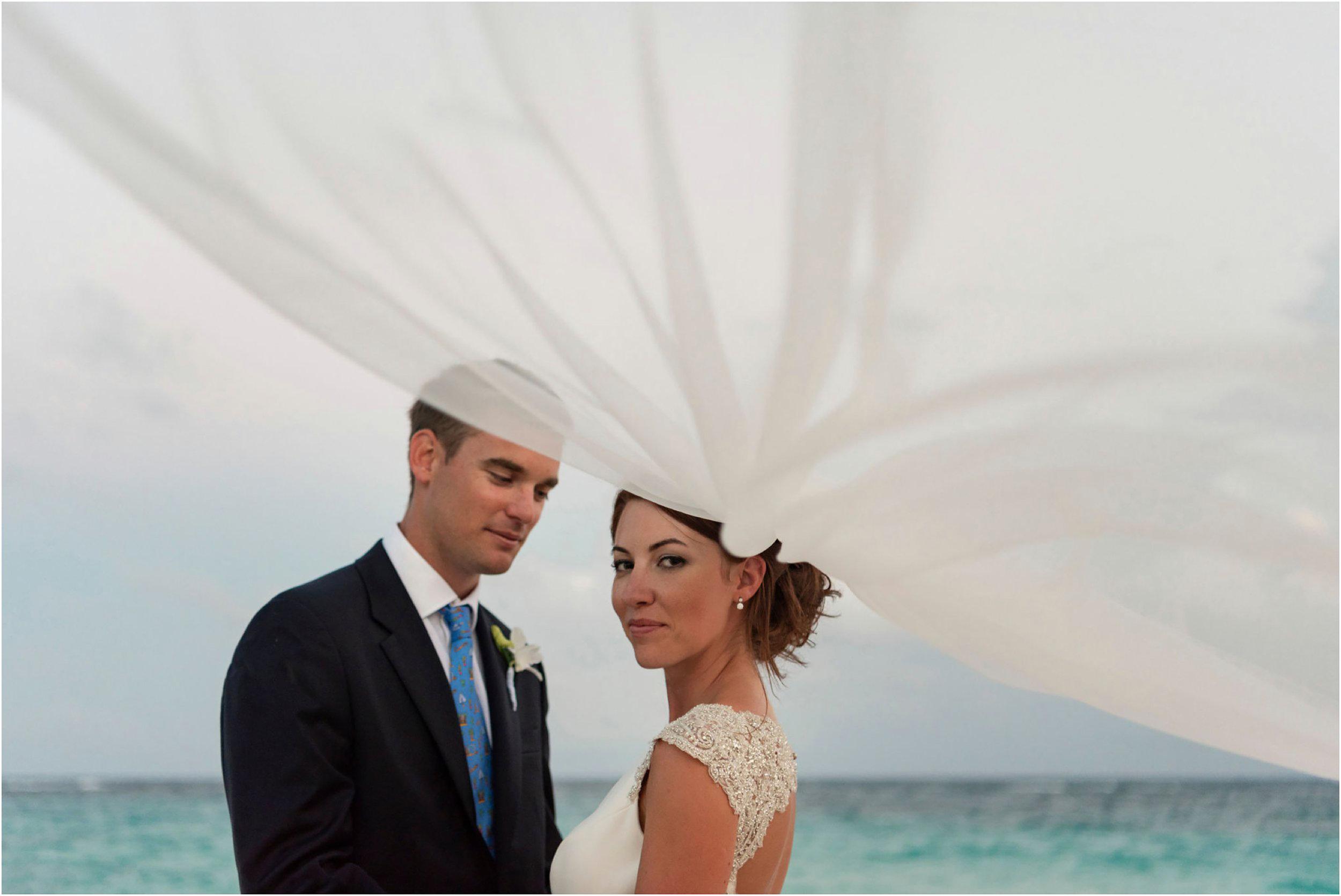 ©FianderFoto_Bermuda Wedding Photographer_Mid Ocean_Rachel_Angus_078.jpg