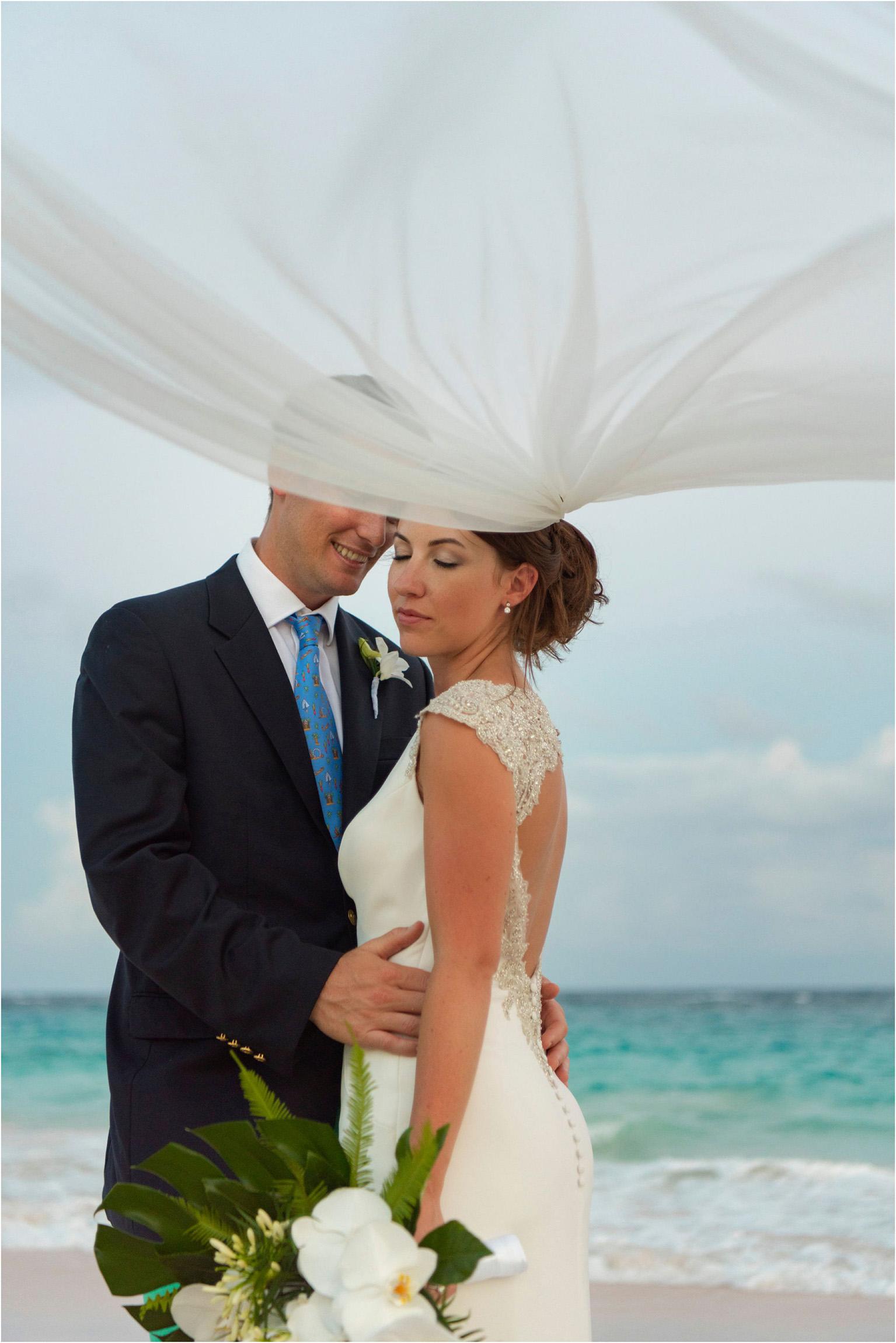 ©FianderFoto_Bermuda Wedding Photographer_Mid Ocean_Rachel_Angus_079.jpg