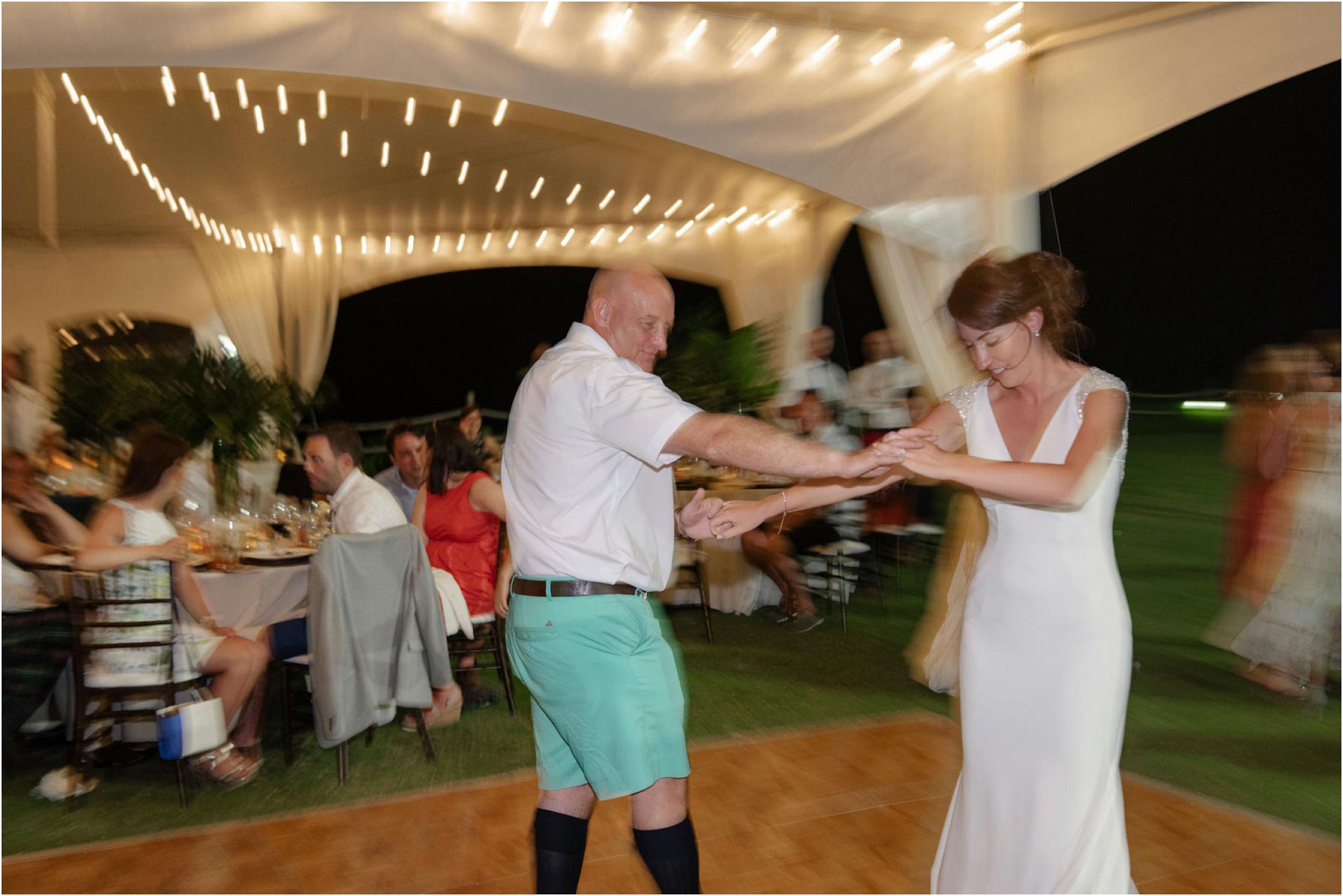©FianderFoto_Bermuda Wedding Photographer_Mid Ocean_Rachel_Angus_117.jpg