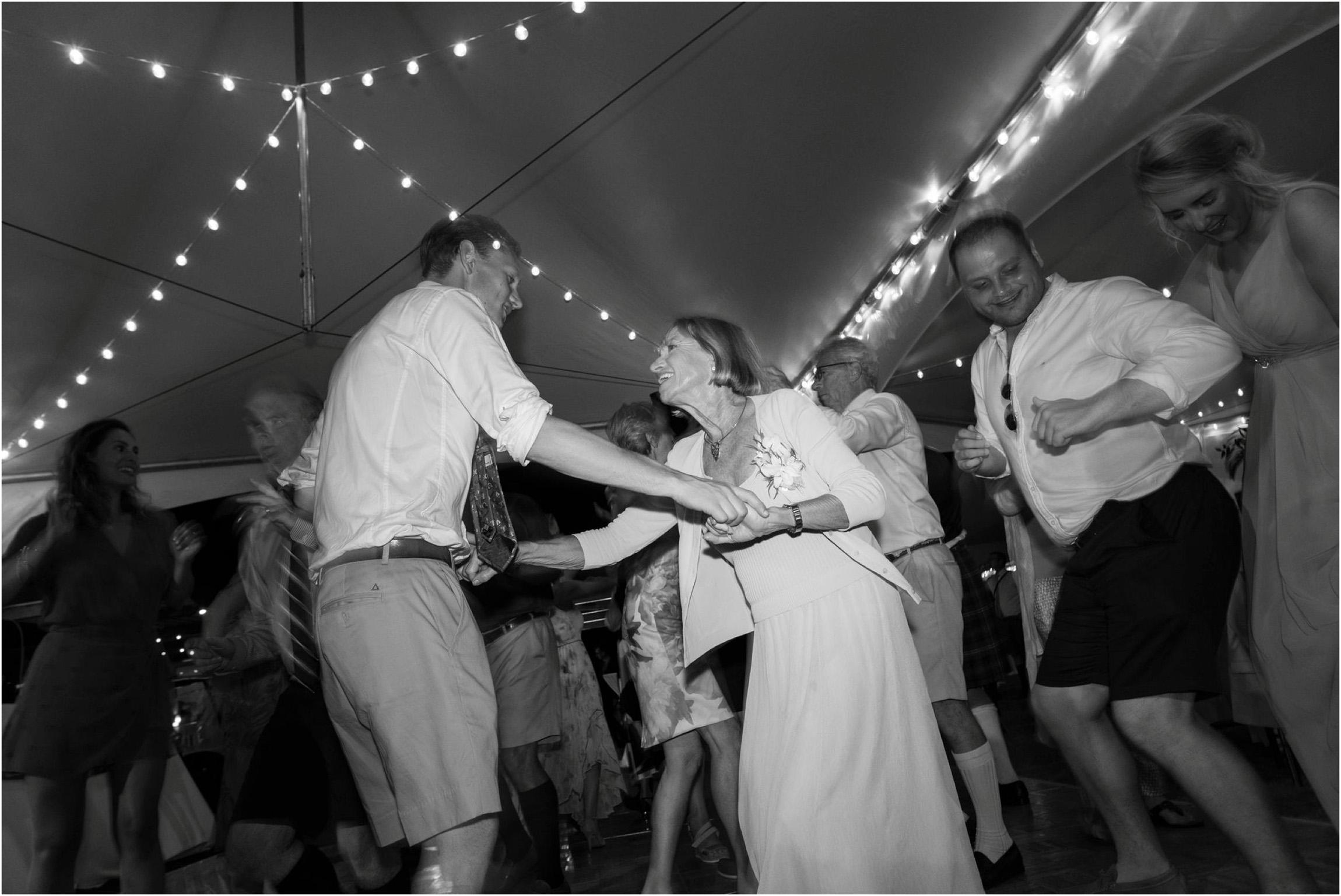 ©FianderFoto_Bermuda Wedding Photographer_Mid Ocean_Rachel_Angus_126.jpg