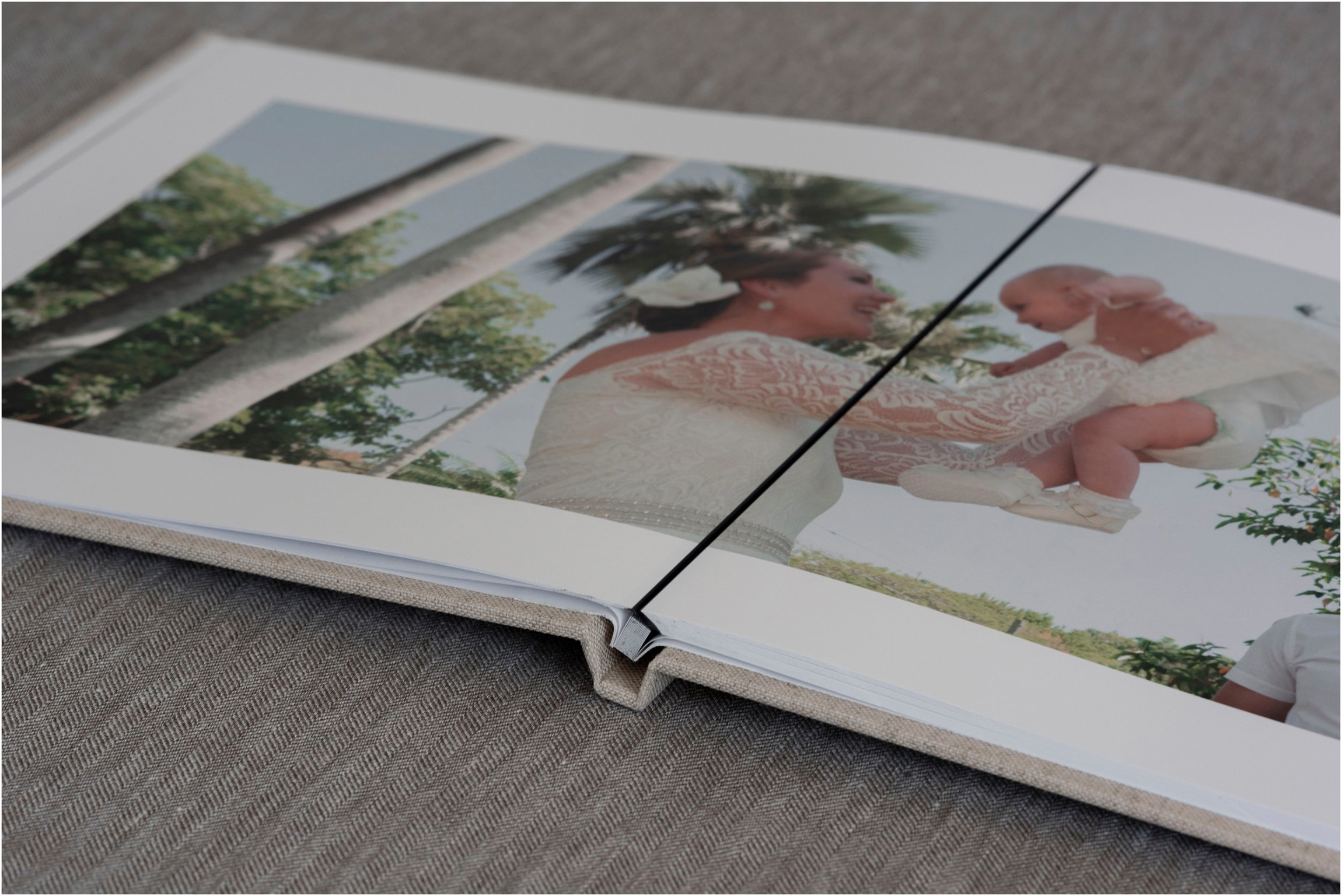 ©FianderFoto_Destination Wedding Photographer_Wedding Album_006.jpg