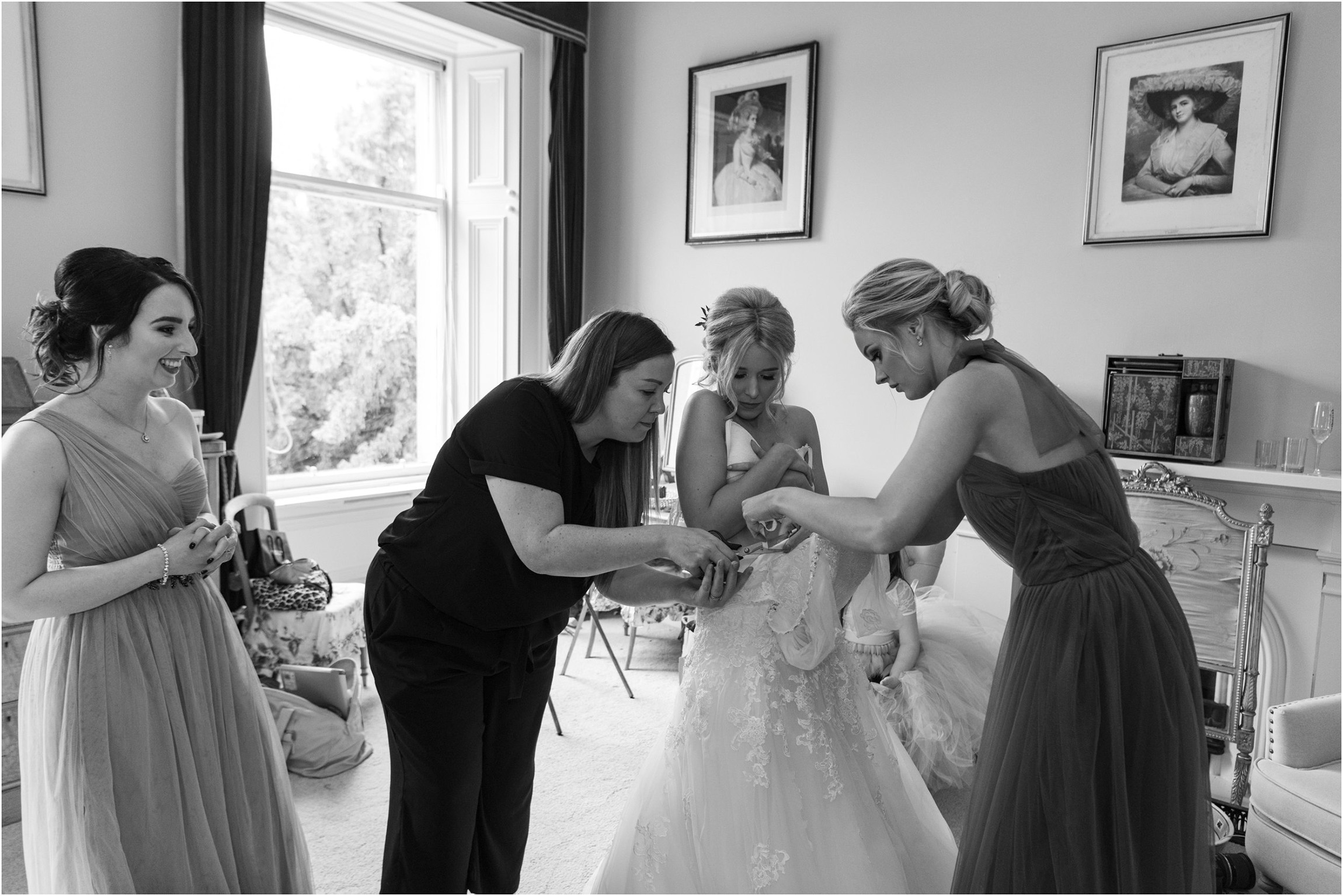 ©FianderFoto_Scotland Wedding Photographer_Errol Park Estate_Janine_Karl_038.jpg