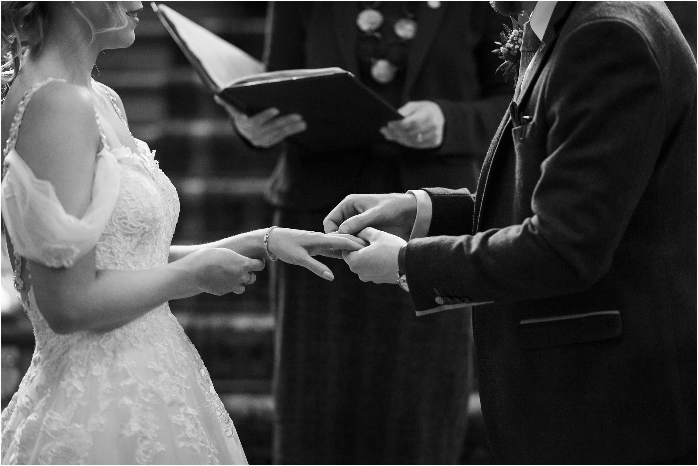©FianderFoto_Scotland Wedding Photographer_Errol Park Estate_Janine_Karl_081.jpg
