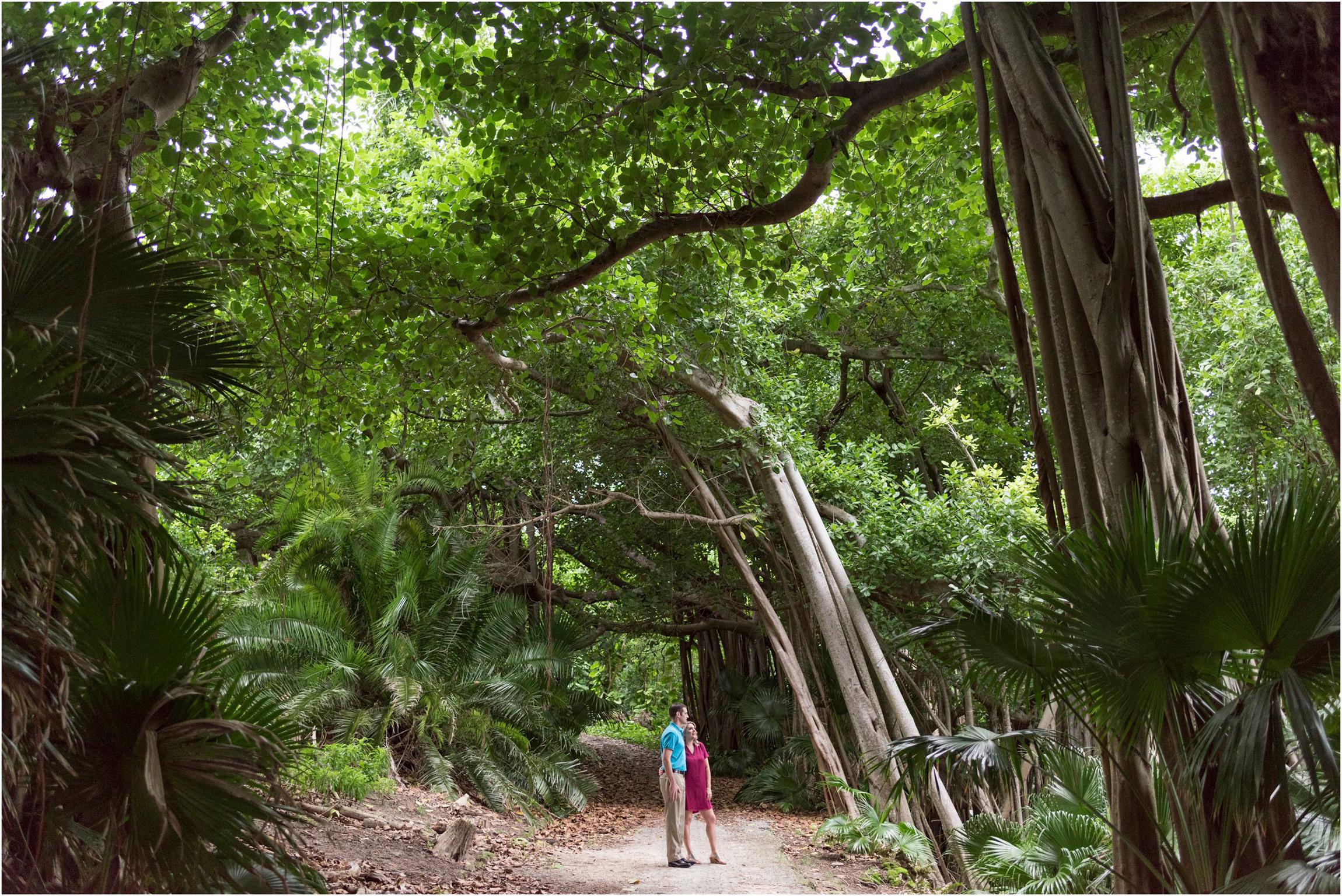 ©FianderFoto_Bermuda Photographer_Astwood Park_Vanessa_Kevin_015.jpg