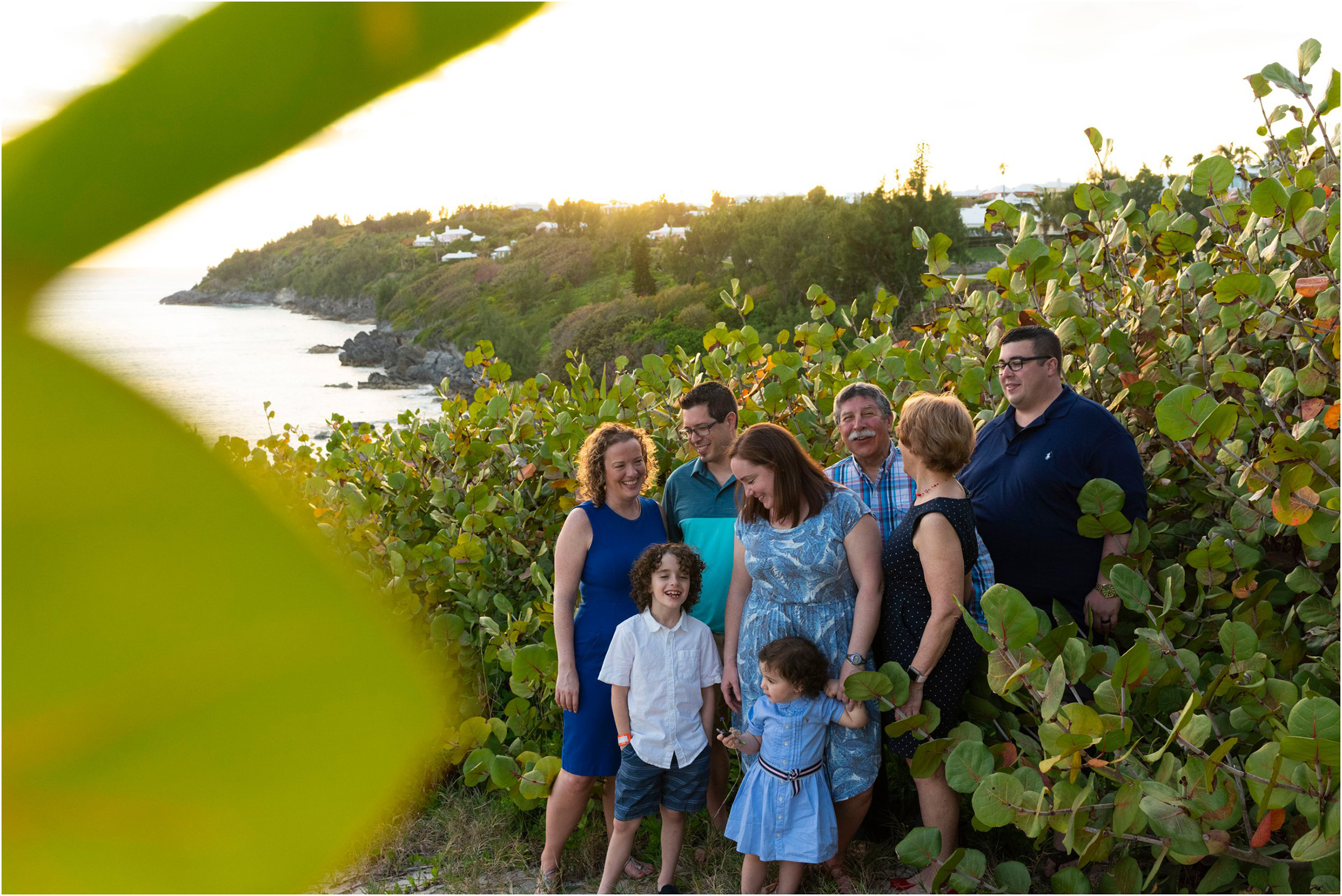 ©FianderFoto_Bermuda Photographer_Church Bay Park_Ashley_Family_014.jpg