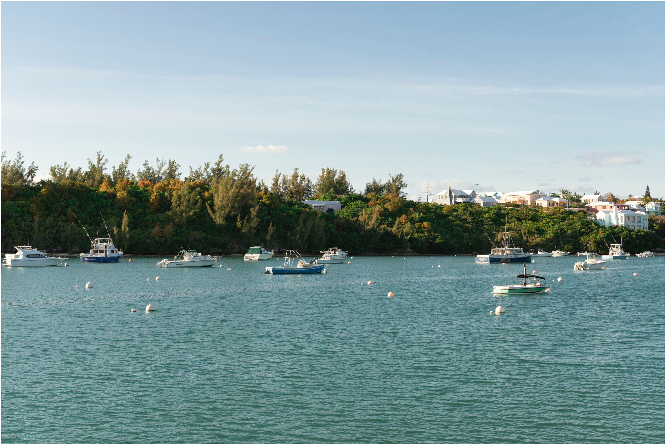 ©FianderFoto_Bermuda Maternity Photographer_Elys Harbour_Ft Scaur_Airbnb_Victoria_Mike_001.jpg