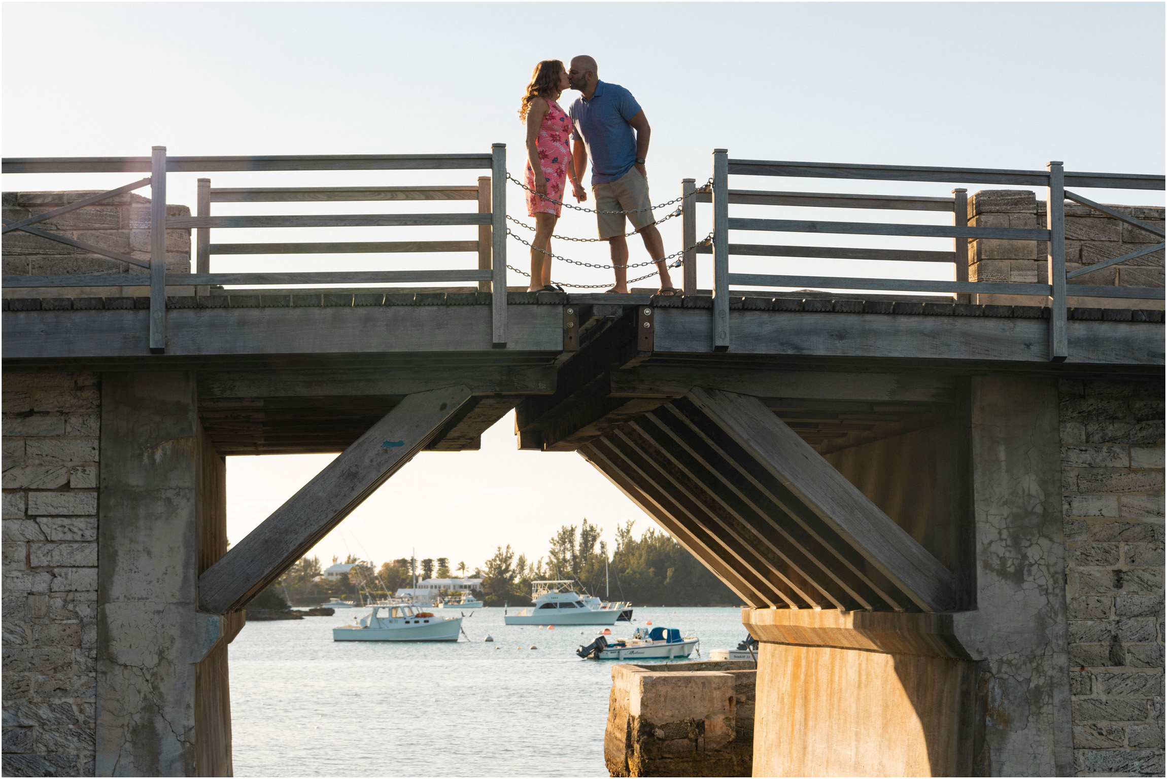 ©FianderFoto_Bermuda Maternity Photographer_Elys Harbour_Ft Scaur_Airbnb_Victoria_Mike_002.jpg