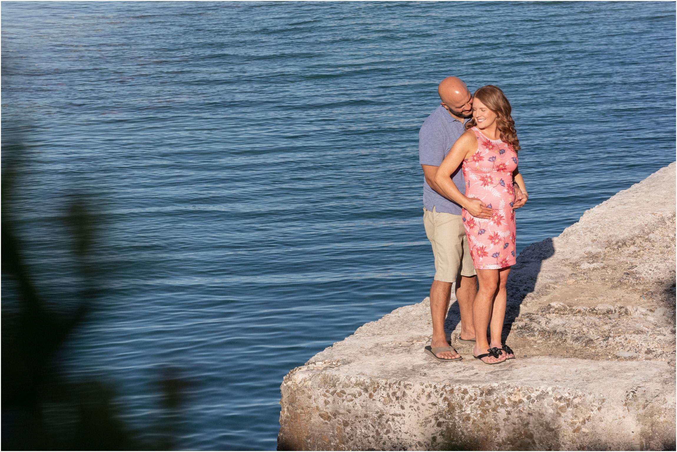 ©FianderFoto_Bermuda Maternity Photographer_Elys Harbour_Ft Scaur_Airbnb_Victoria_Mike_004.jpg