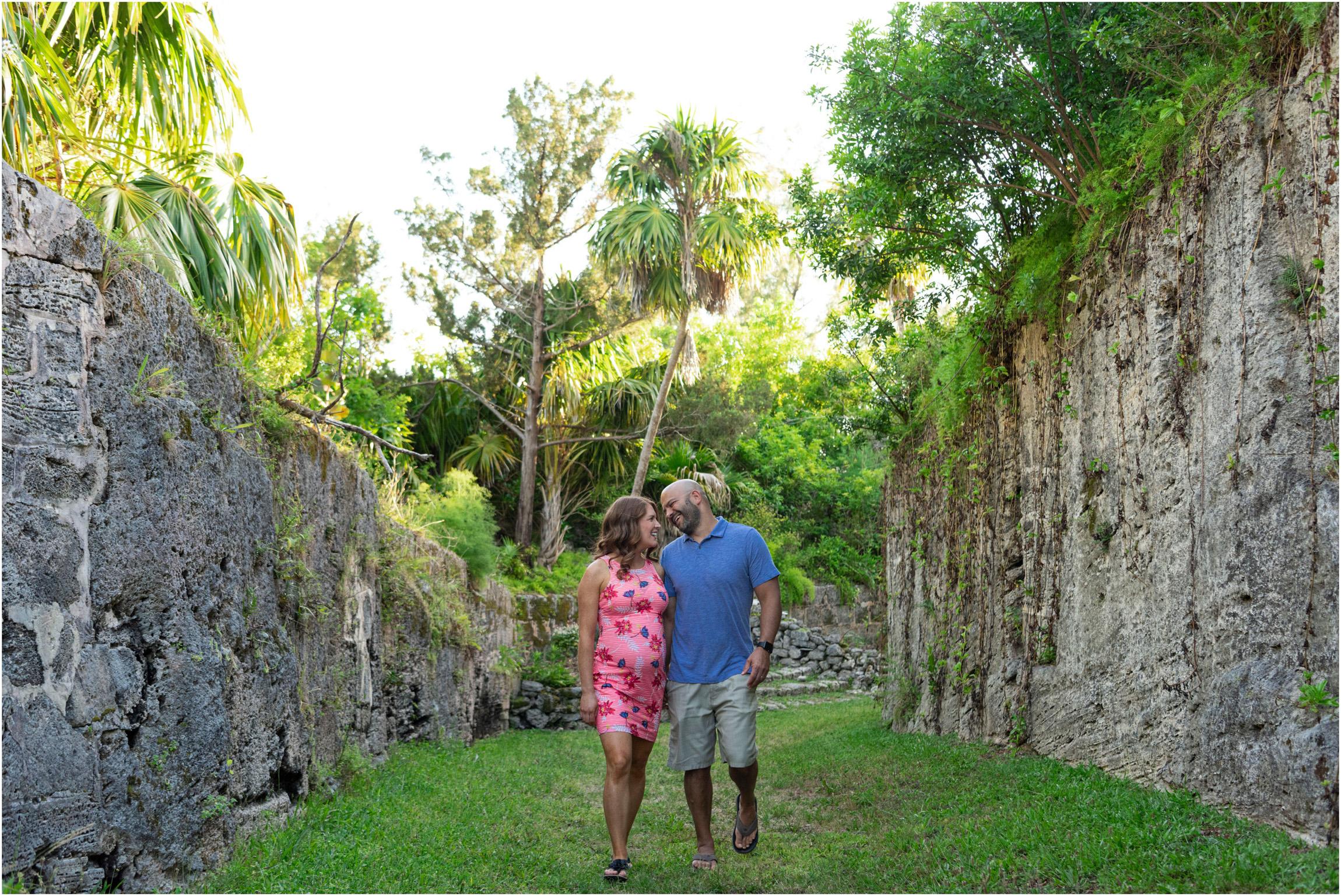 ©FianderFoto_Bermuda Maternity Photographer_Elys Harbour_Ft Scaur_Airbnb_Victoria_Mike_009.jpg