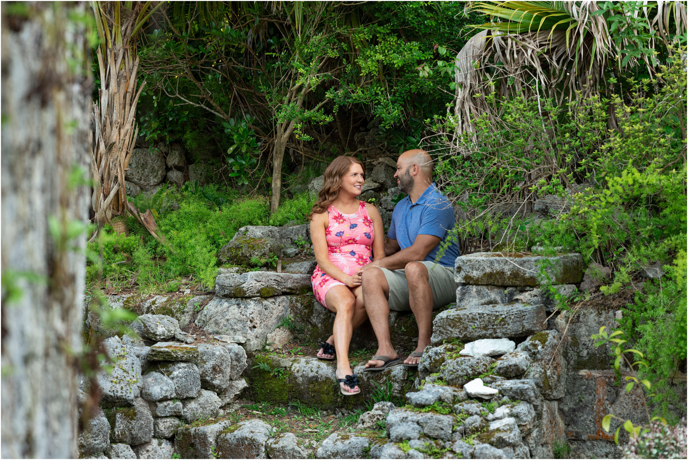 ©FianderFoto_Bermuda Maternity Photographer_Elys Harbour_Ft Scaur_Airbnb_Victoria_Mike_013.jpg