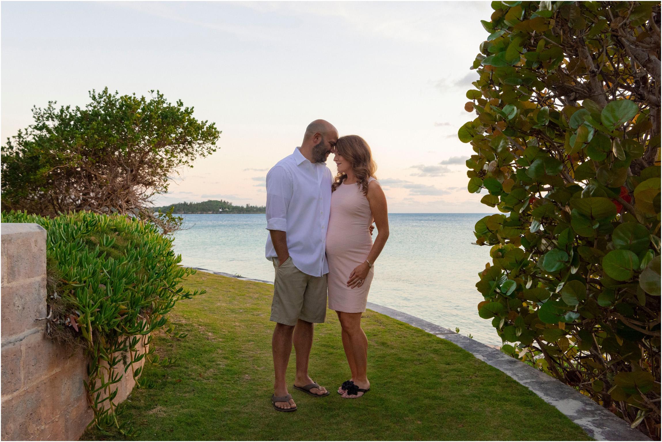 ©FianderFoto_Bermuda Maternity Photographer_Elys Harbour_Ft Scaur_Airbnb_Victoria_Mike_027.jpg