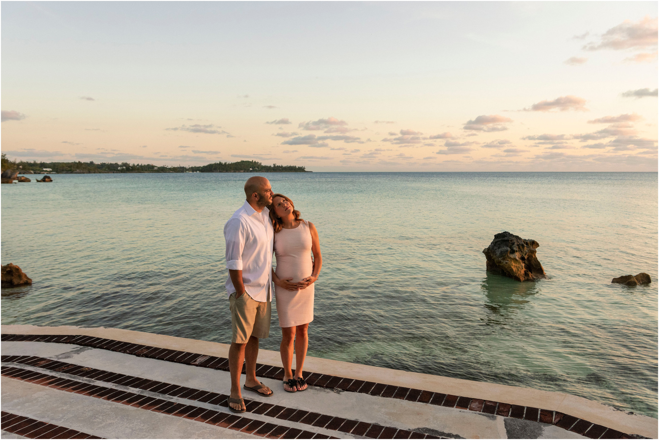 ©FianderFoto_Bermuda Maternity Photographer_Elys Harbour_Ft Scaur_Airbnb_Victoria_Mike_029.jpg