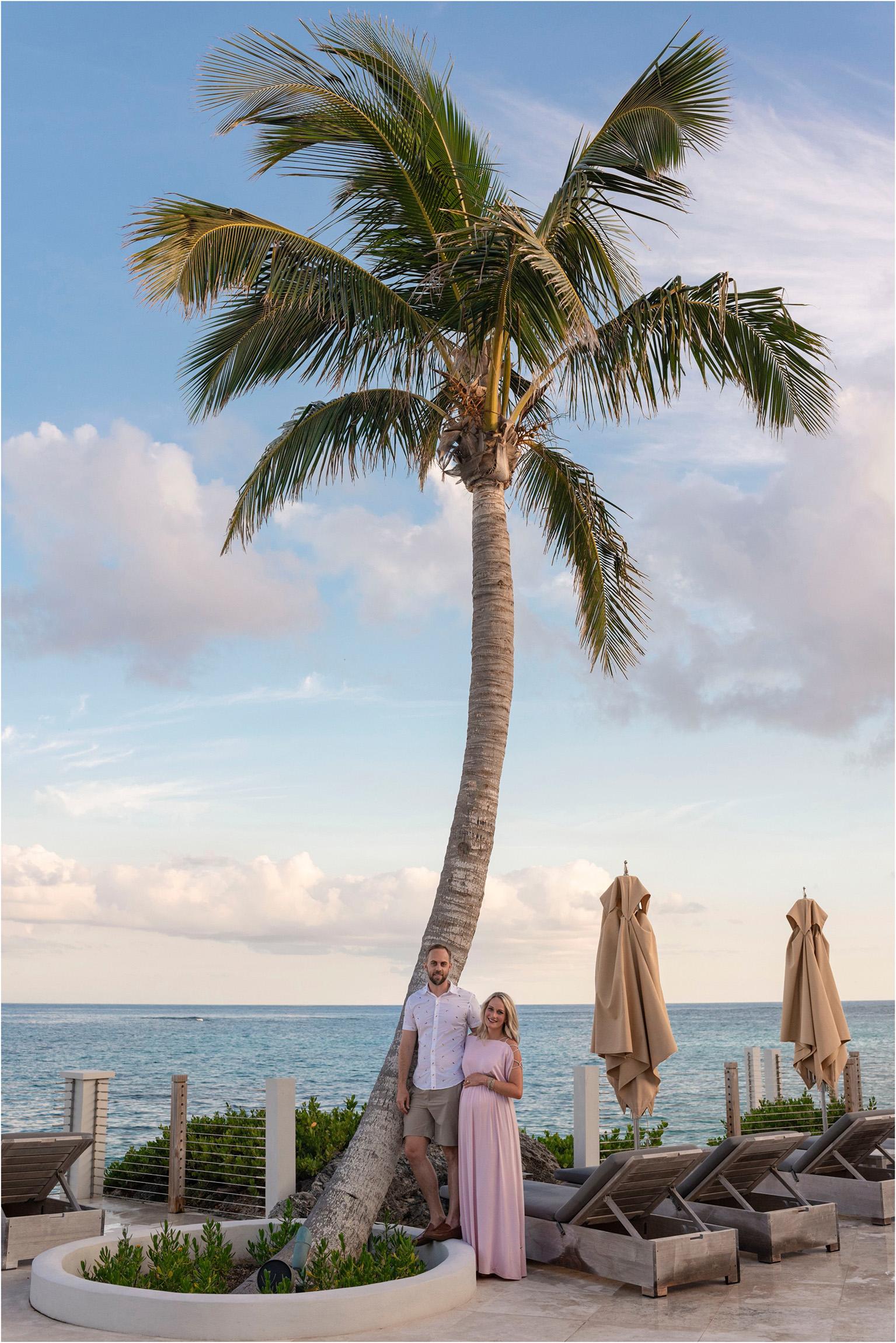 ©FianderFoto_Bermuda_Tom Moore's Jungle_Proposal Maternity Photographer_Erika_Andy_020.jpg