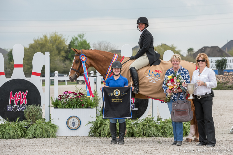 Jersey Boy and Jennifer Alfano claimed the $25,000 USHJA International Hunter Derby, presented by Max Bowl, during the Pin Oak Charity Horse Show I.