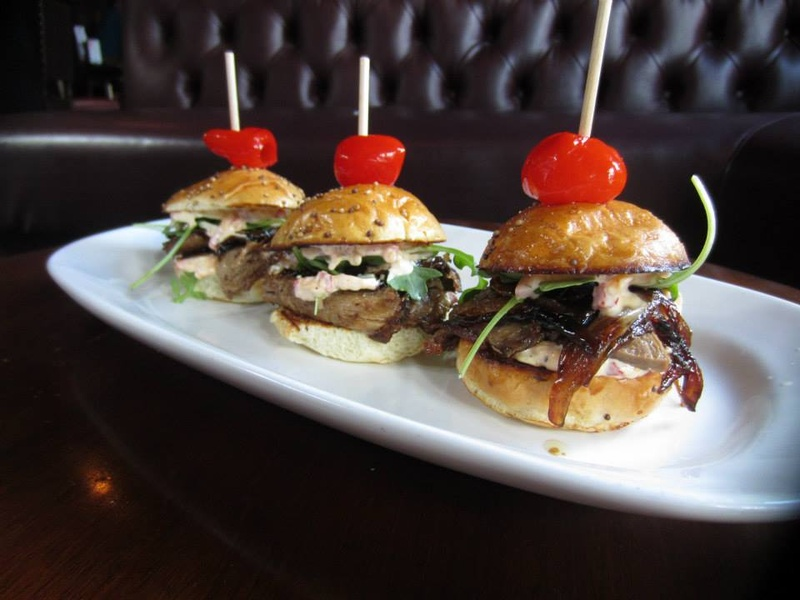 Sliders-at-The-Quarter-bar-in-Dallas_182143.jpg