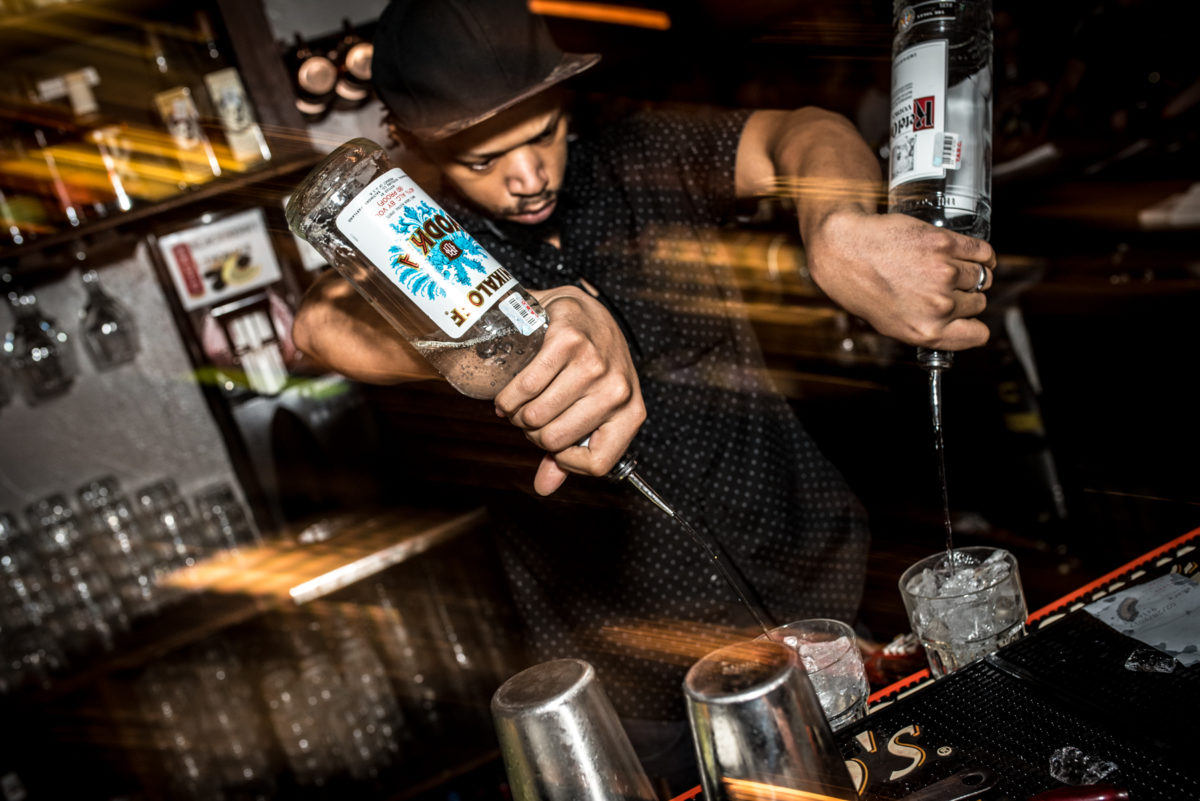 Quarter Bar Dallas 2017 Bartender 3.jpg