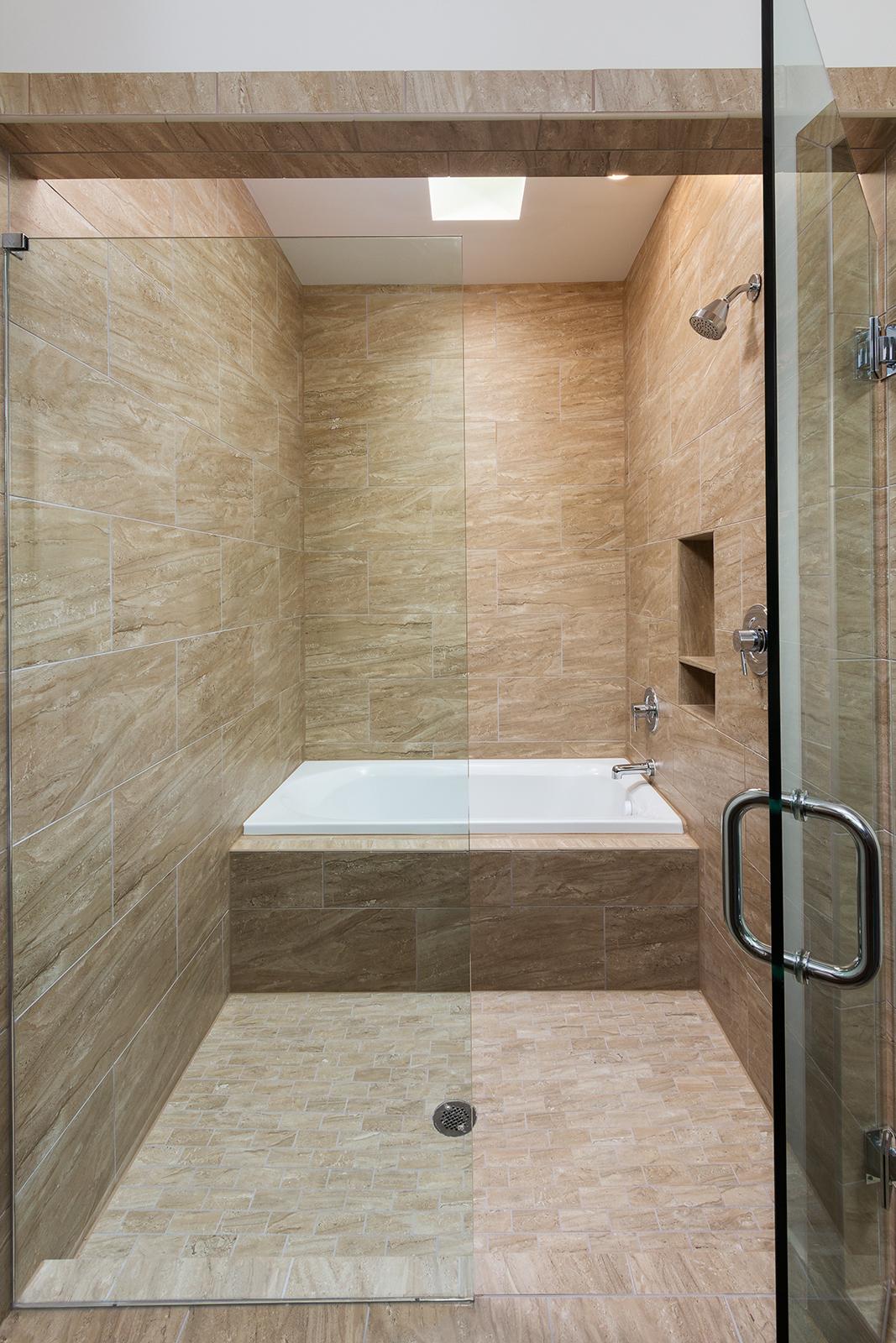 084 1309 Axis_Master Bathroom Shower.jpg
