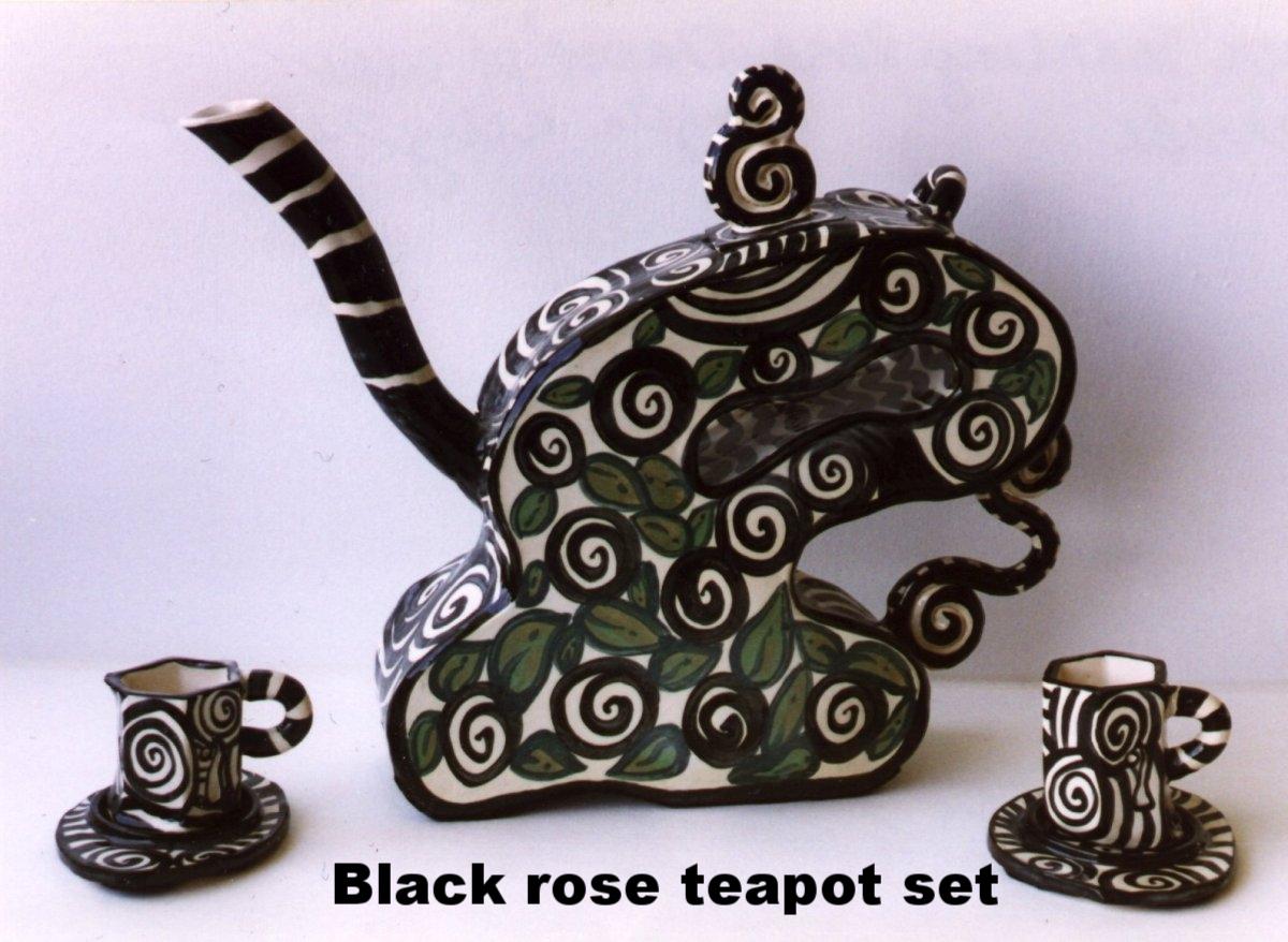 blackroseteapotset.jpg