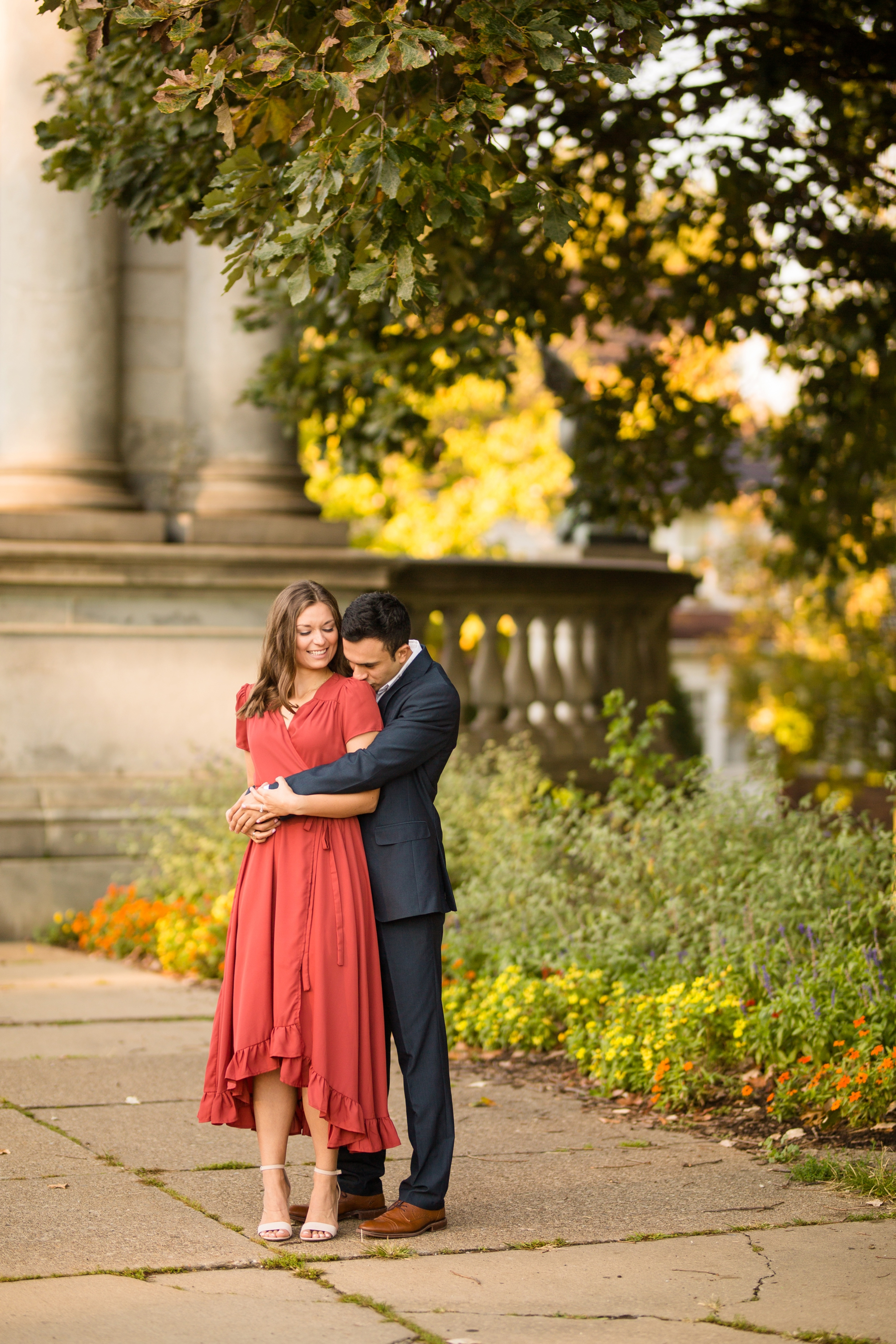pittsburgh wedding photographer, pittsburgh engagement photos, best spot in pittsburgh for photo shoot, highland park engagement pictures, downtown pittsburgh engagement photos