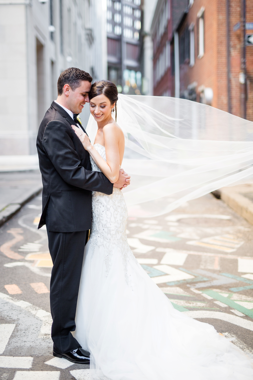 pittsburgh wedding photographer, pittsburgh wedding venues, pittsburgh wedding photos, embassy suites downtown pittsburgh wedding photos