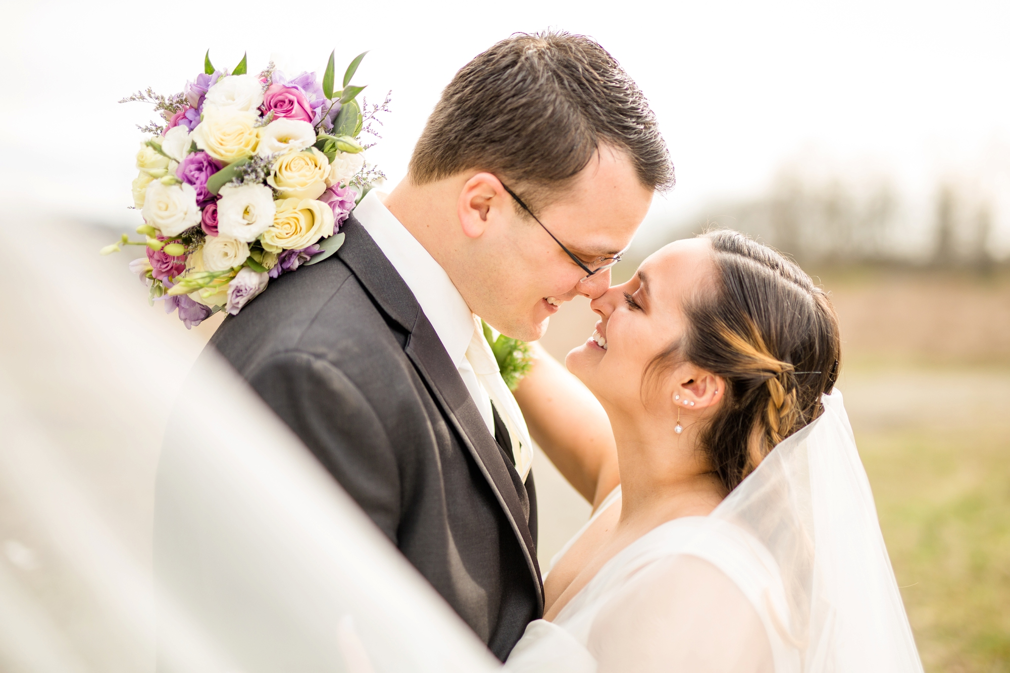 pittsburgh wedding photographer, pittsburgh wedding venues, pittsburgh wedding photos, pittsburgh marriott north wedding photos