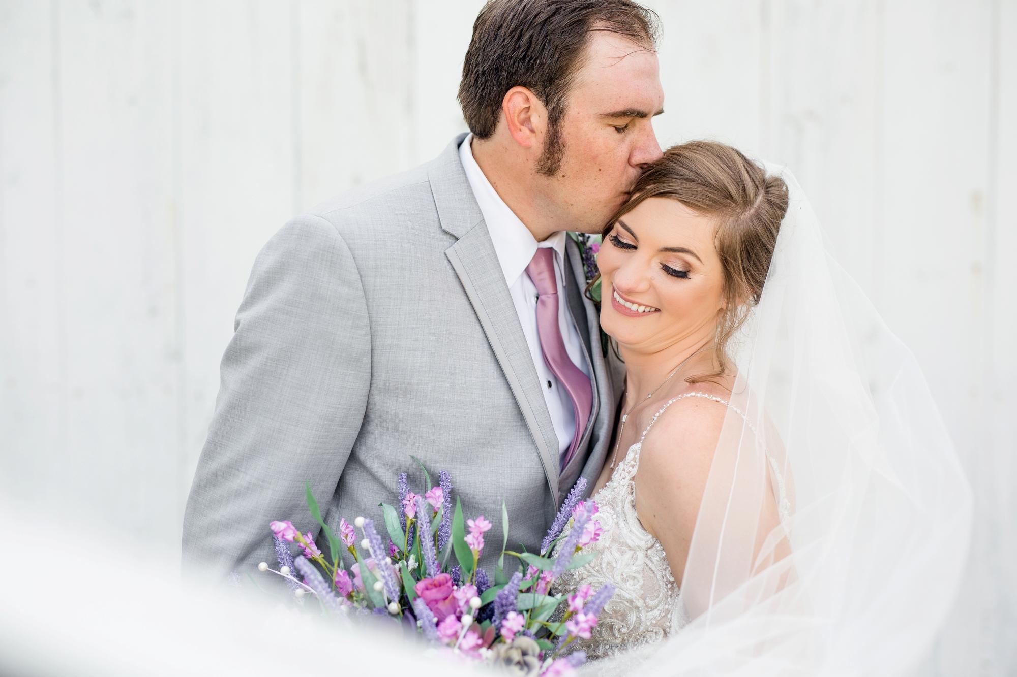 pittsburgh wedding photographer, pittsburgh wedding venues, pittsburgh wedding photos, renshaw family farms wedding photos