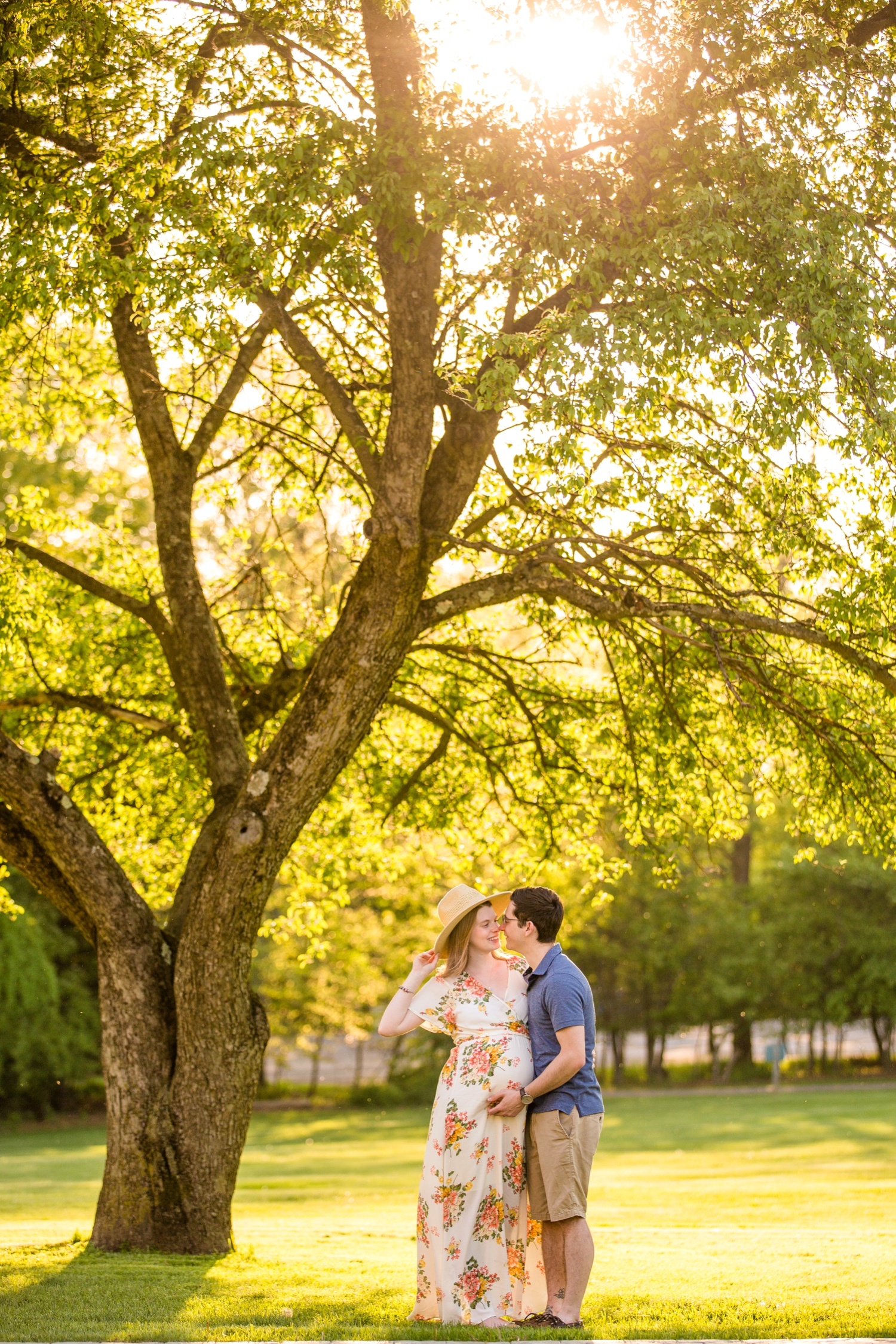 pittsburgh maternity photographer, pittsburgh family photographer, hartwood acres family photos, hartwood acres maternity photos, maternity outfit inspiration