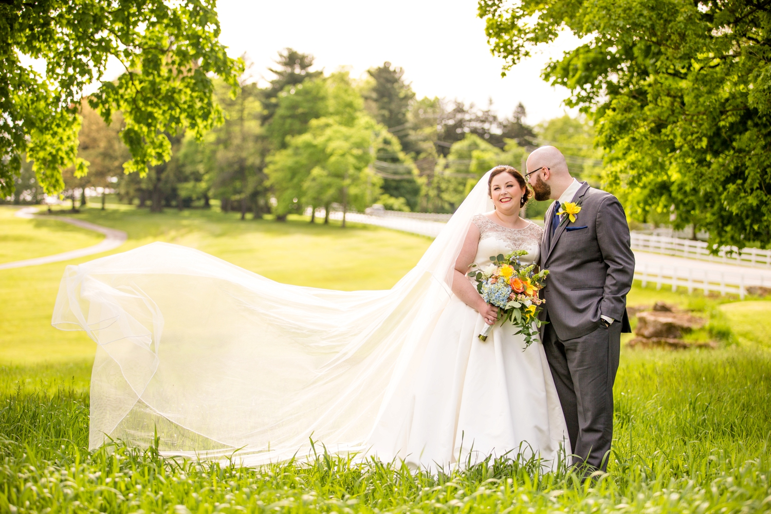 montour heights country club wedding pictures, pittsburgh wedding photographer, pittsburgh engagement photographer, mhcc wedding pictures