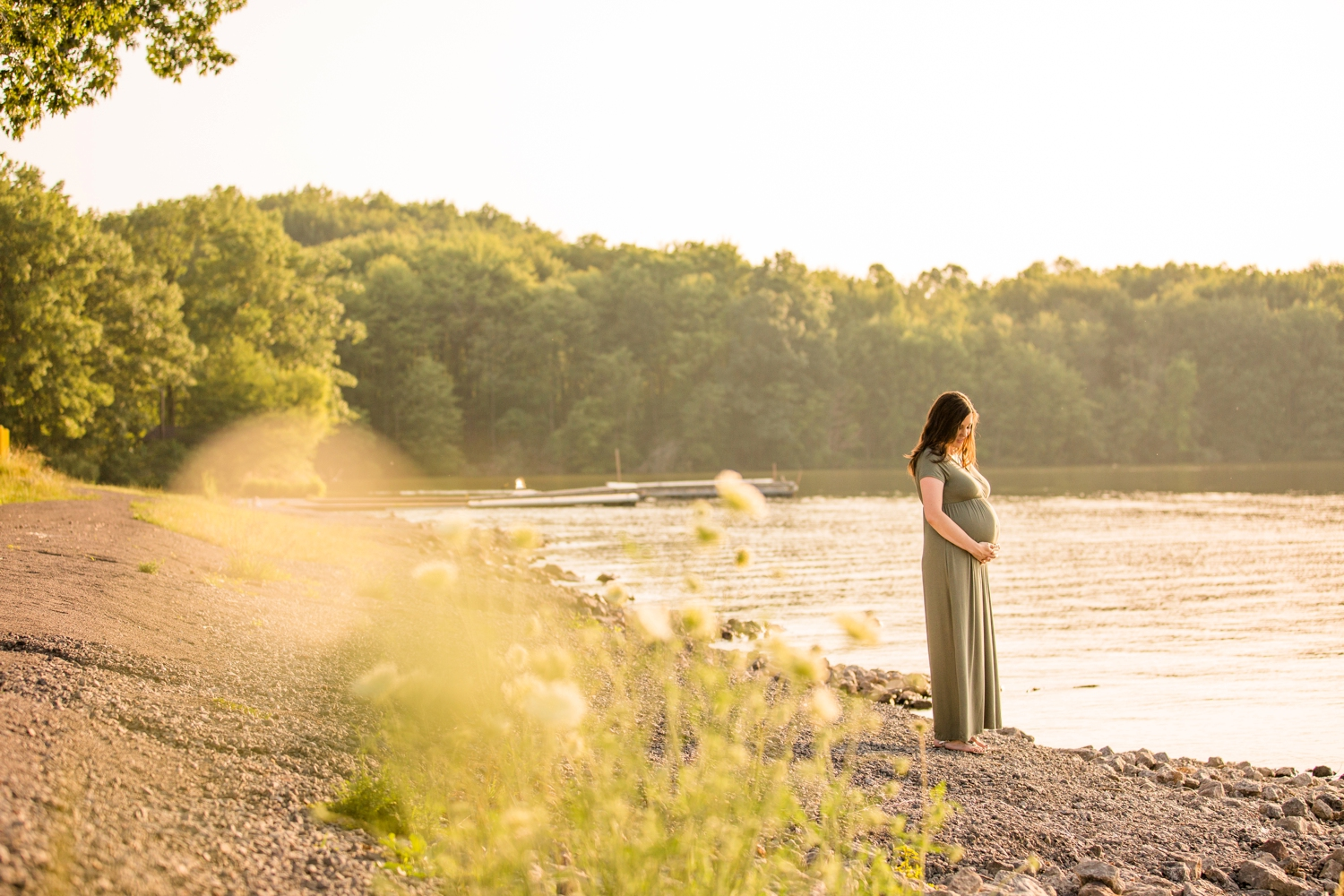 moraine state park family photos, pittsburgh family photographer, family photo outfit ideas, pittsburgh maternity photographer