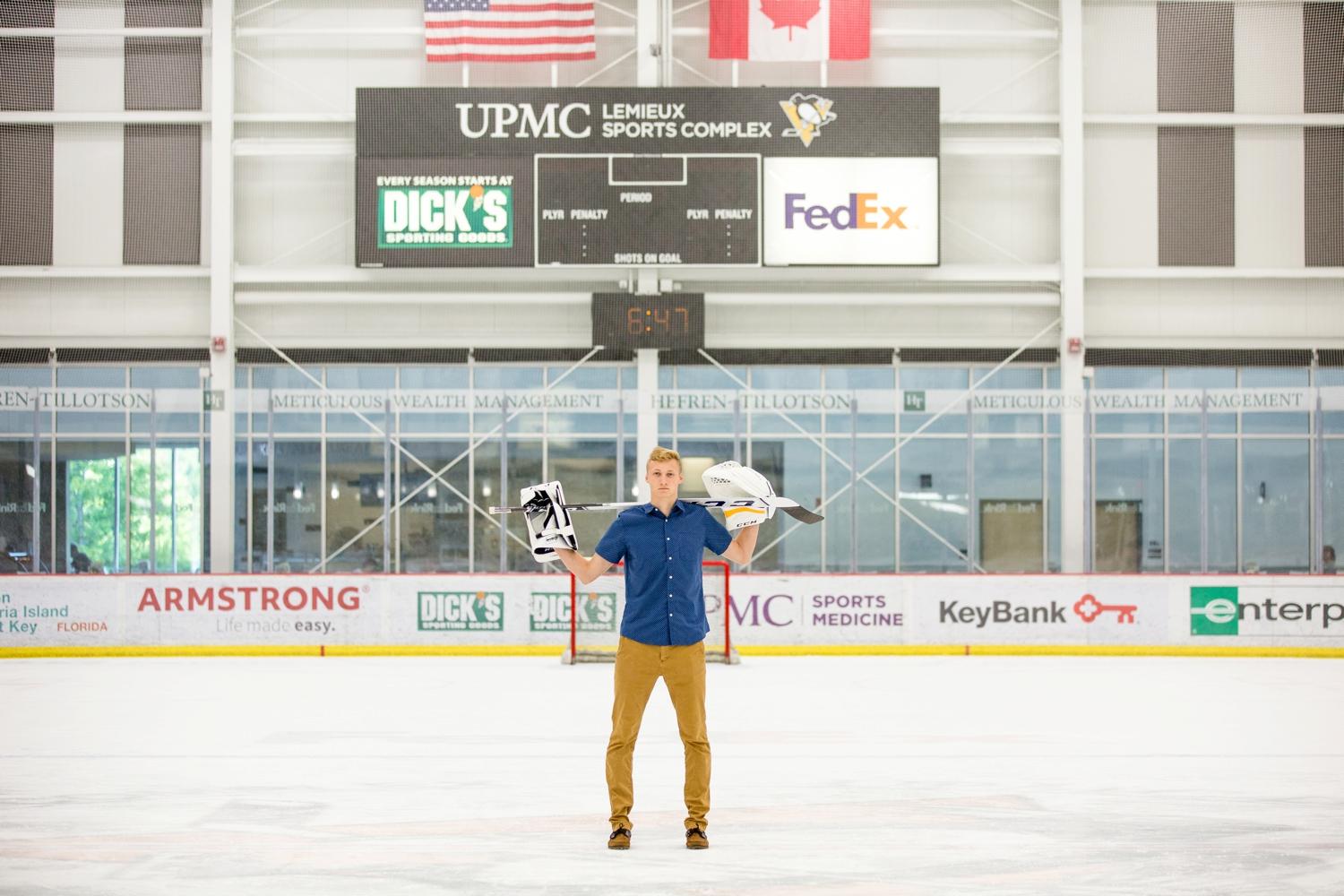 pittsburgh senior photographer, cranberry township senior photographer, lemieux center, hockey senior photos
