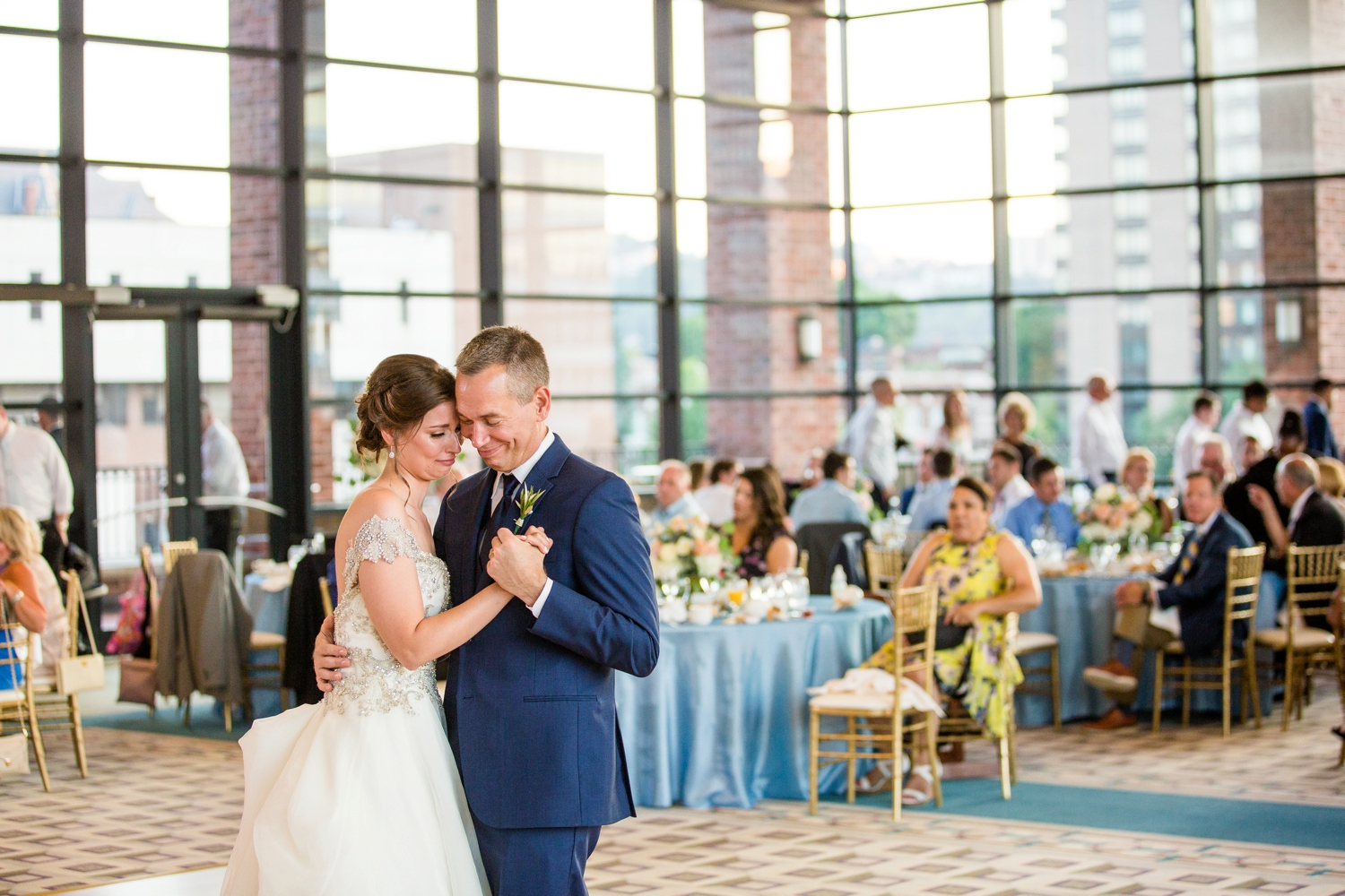 duquesne university power center wedding photos, embassy suites downtown pittsburgh wedding photos, pittsburgh wedding photographer