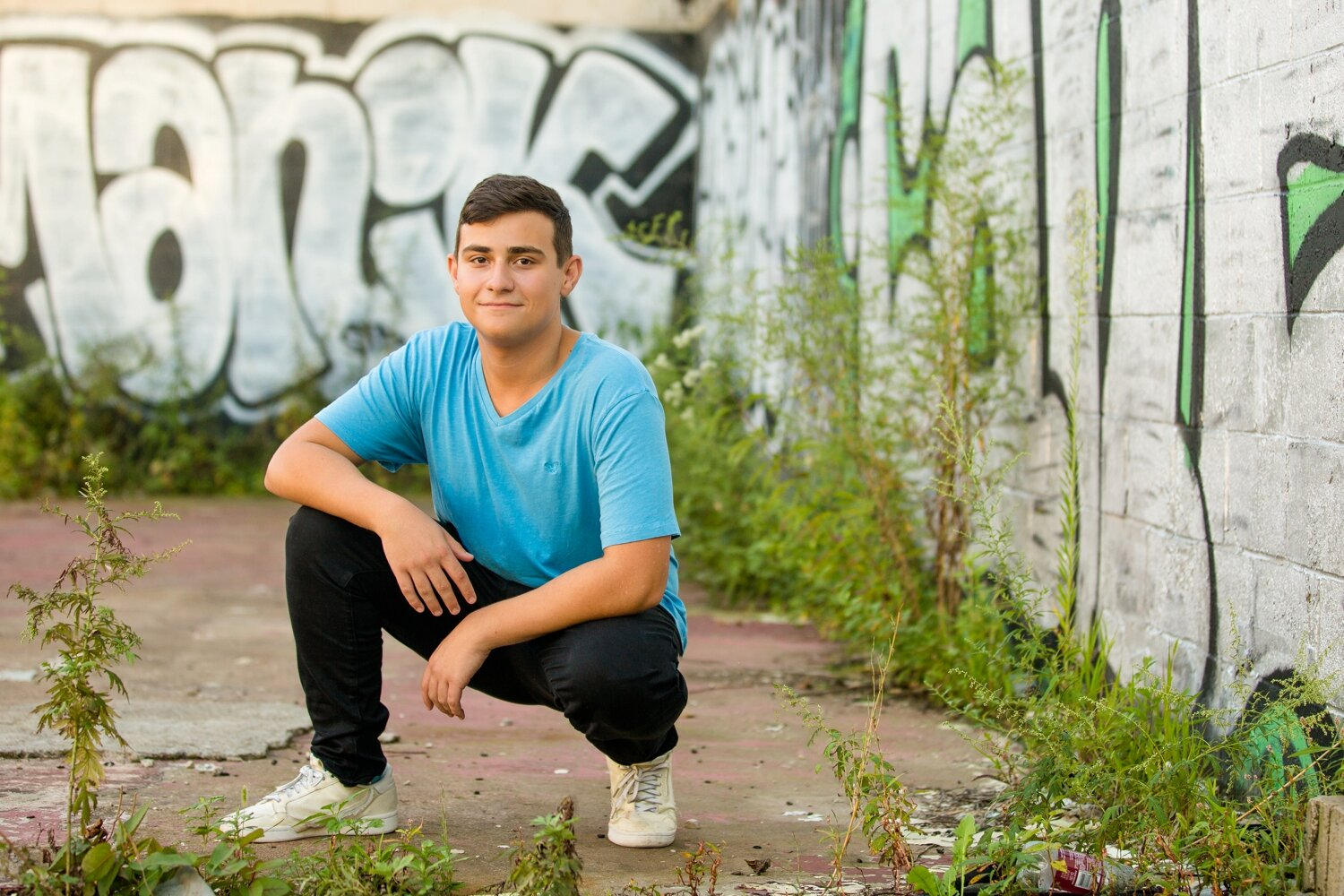 pittsburgh senior photographer, dowtown pittsburgh senior photos, strip district senior photos, locations in pittsburgh for senior photos