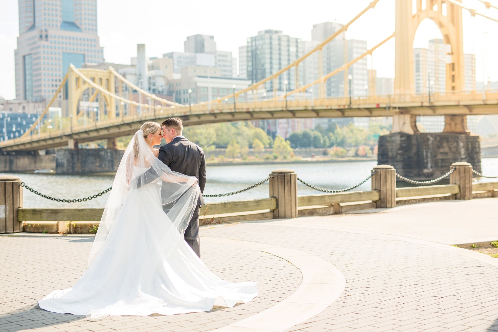 pittsburgh wedding photographer, the pennsylvanian wedding, the pennsylvanian wedding ceremony, the pennsylvanian wedding photos, downtown pittsburgh wedding photos