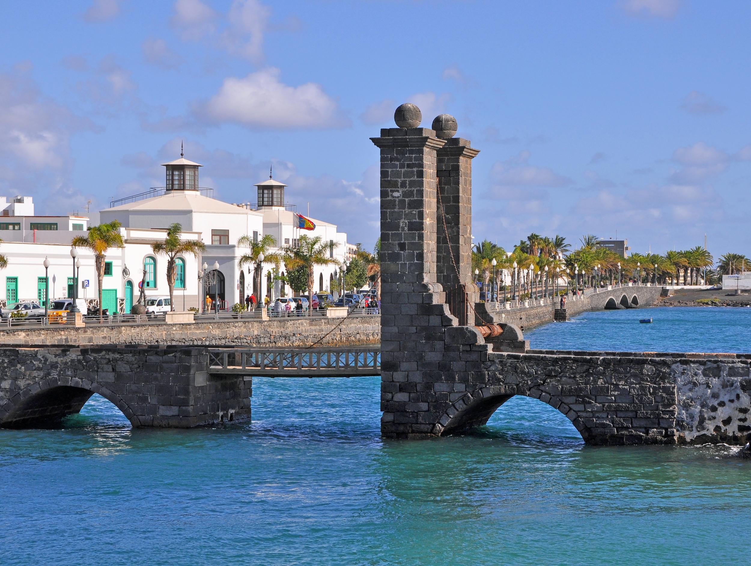 Lanzarote_Arrecife_R02.jpg