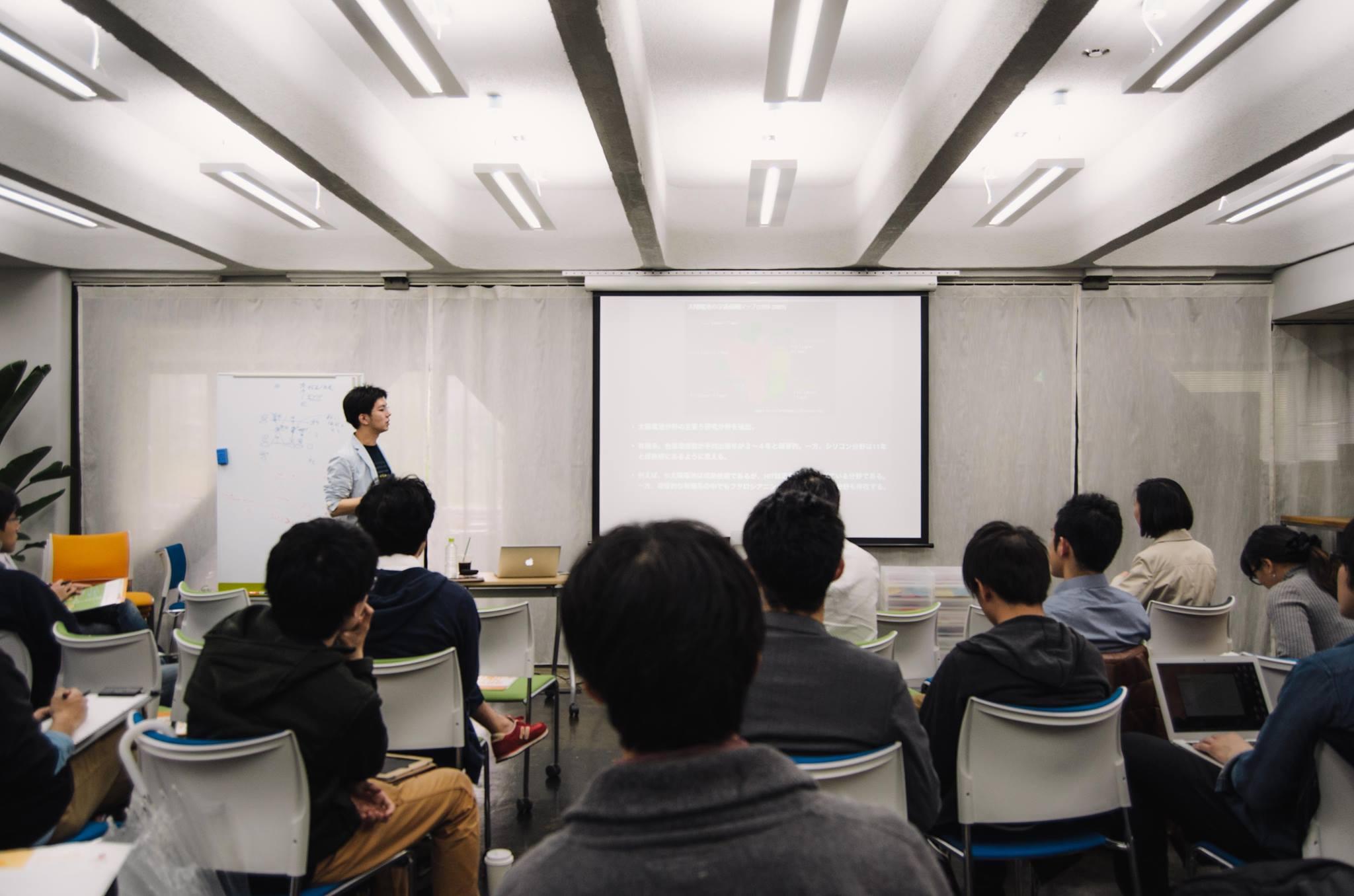 STeLA Japan代表による団体説明.