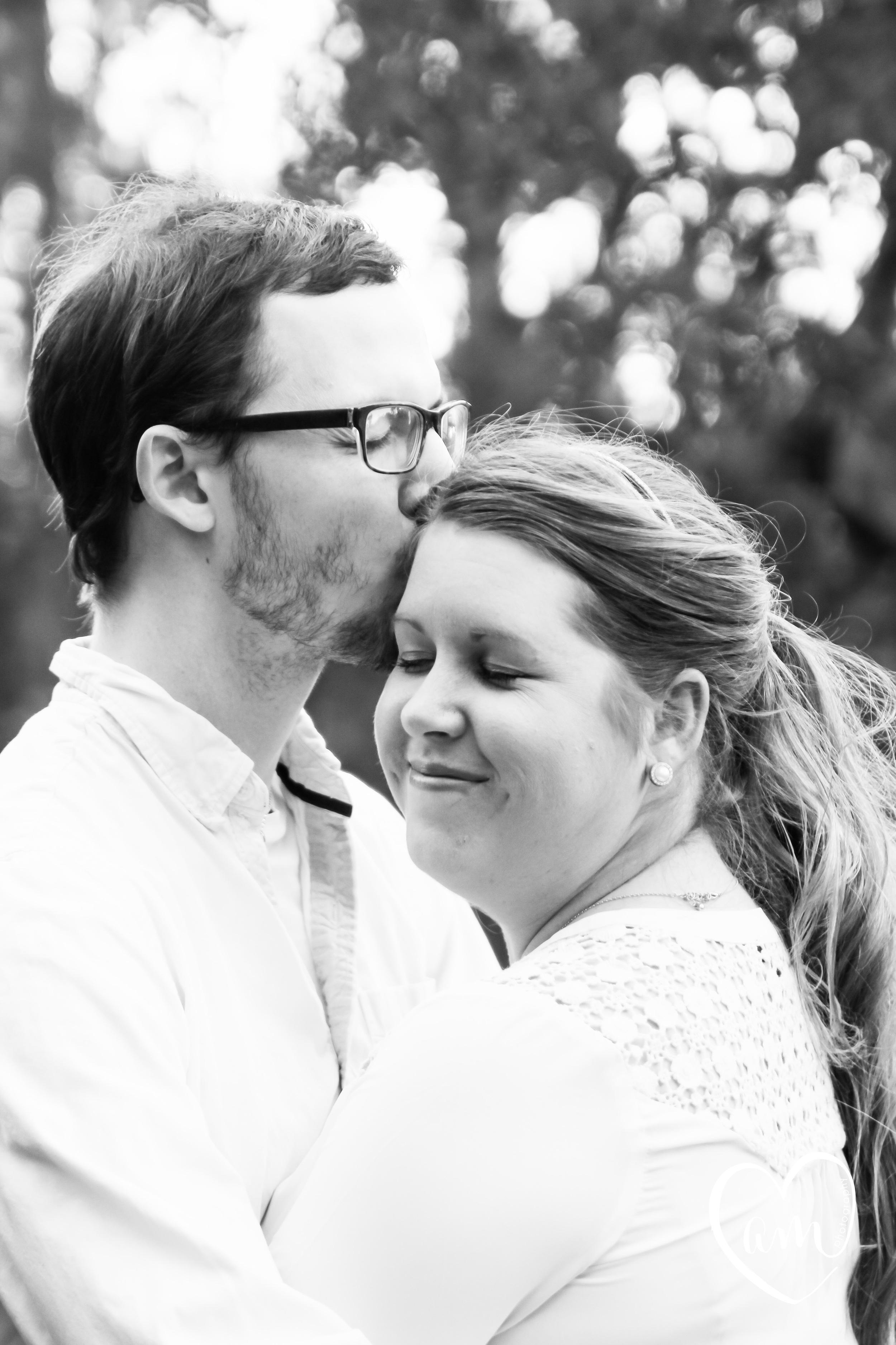 sweet engagement photos at shingle creek regional park